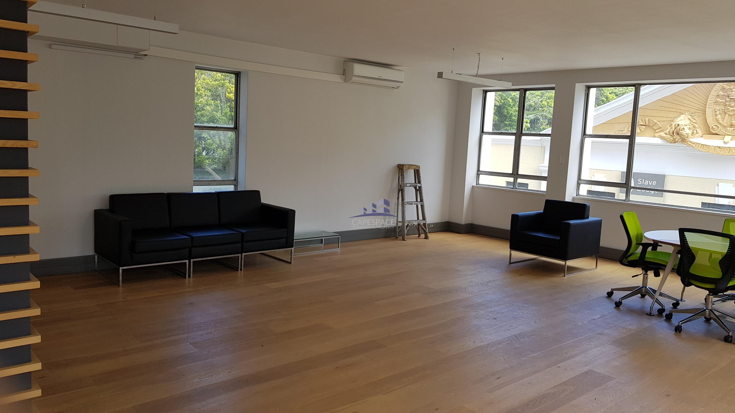 166 m² Office Space to Rent Cape Town CBD I Church Square
