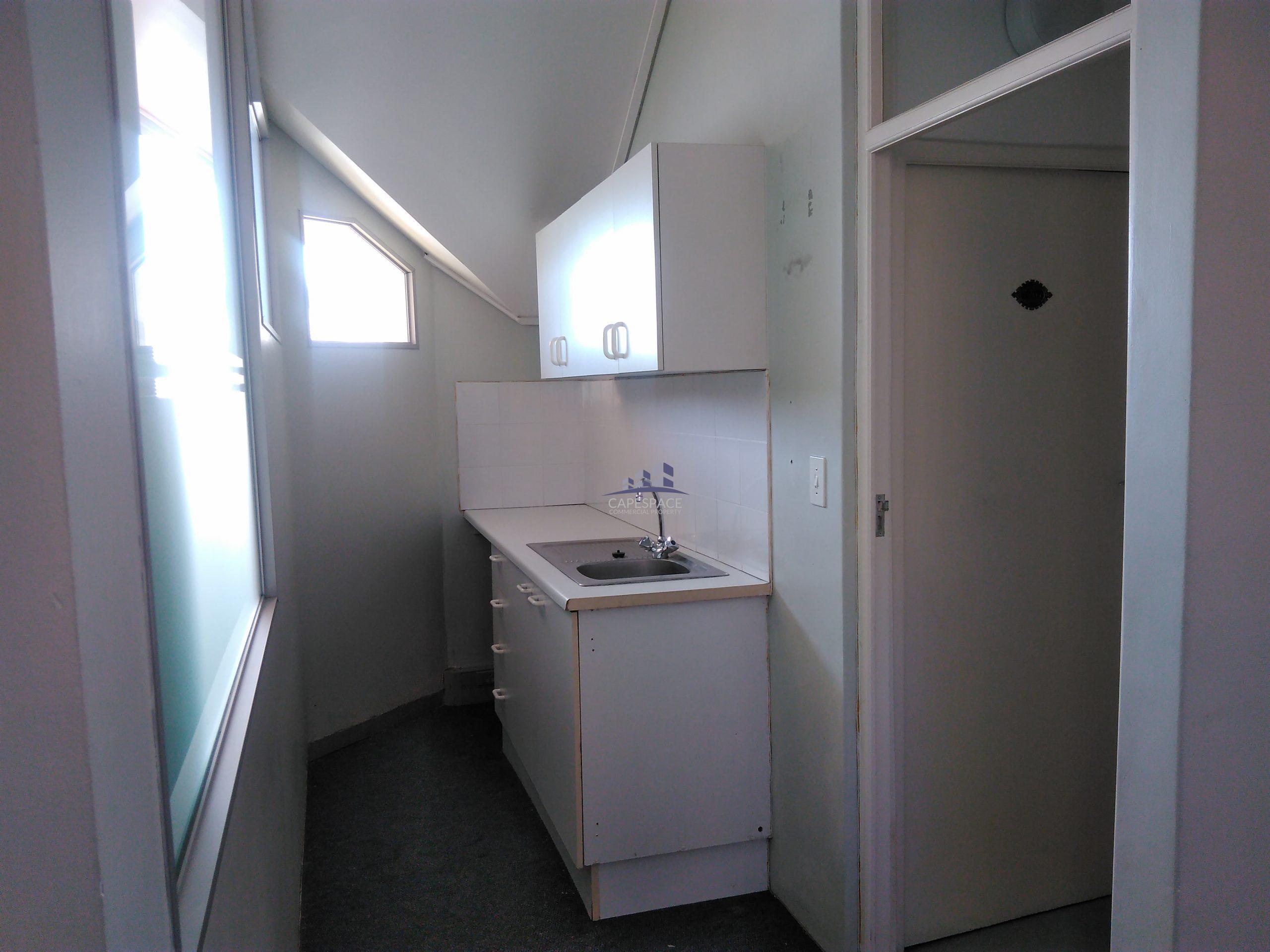 156 m² Office Space to Rent Century Square Century city