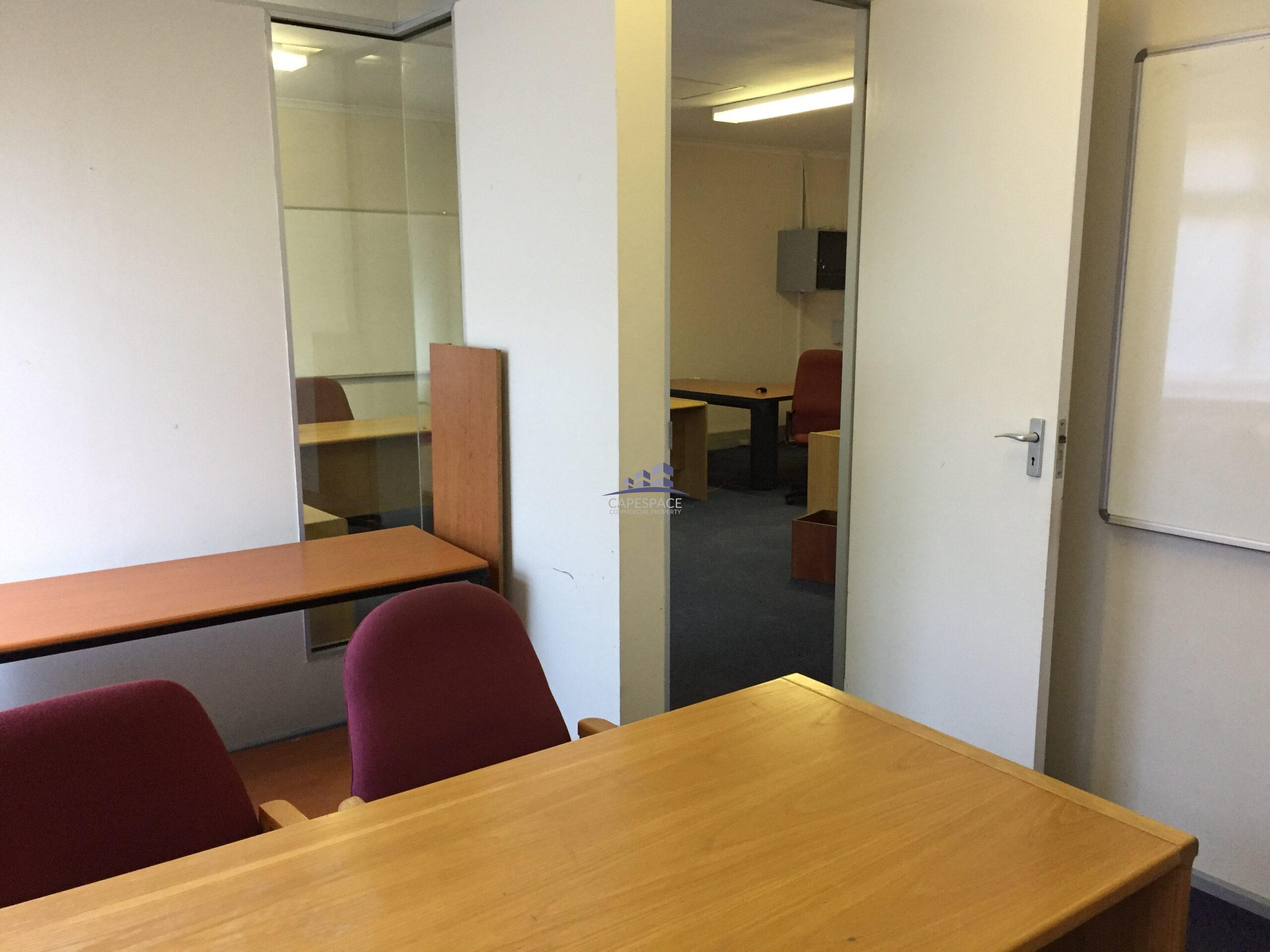 107 m² Office Space to Rent Century City Century Square