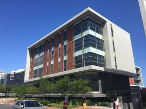 921 m² Office Space to Rent Century City Phillip Morris Building