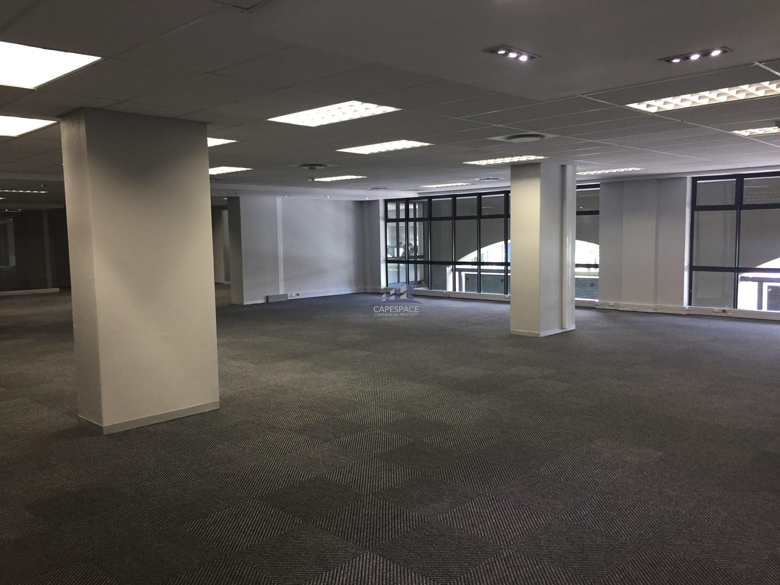 669 m² Office Space to Rent The Colosseum Century City