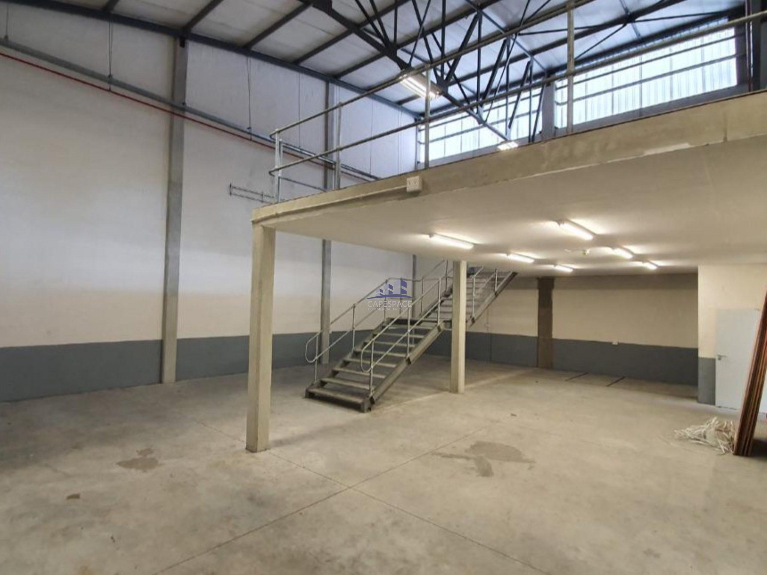 325 m² Warehouse to Rent Airport Industria CTX Business Park