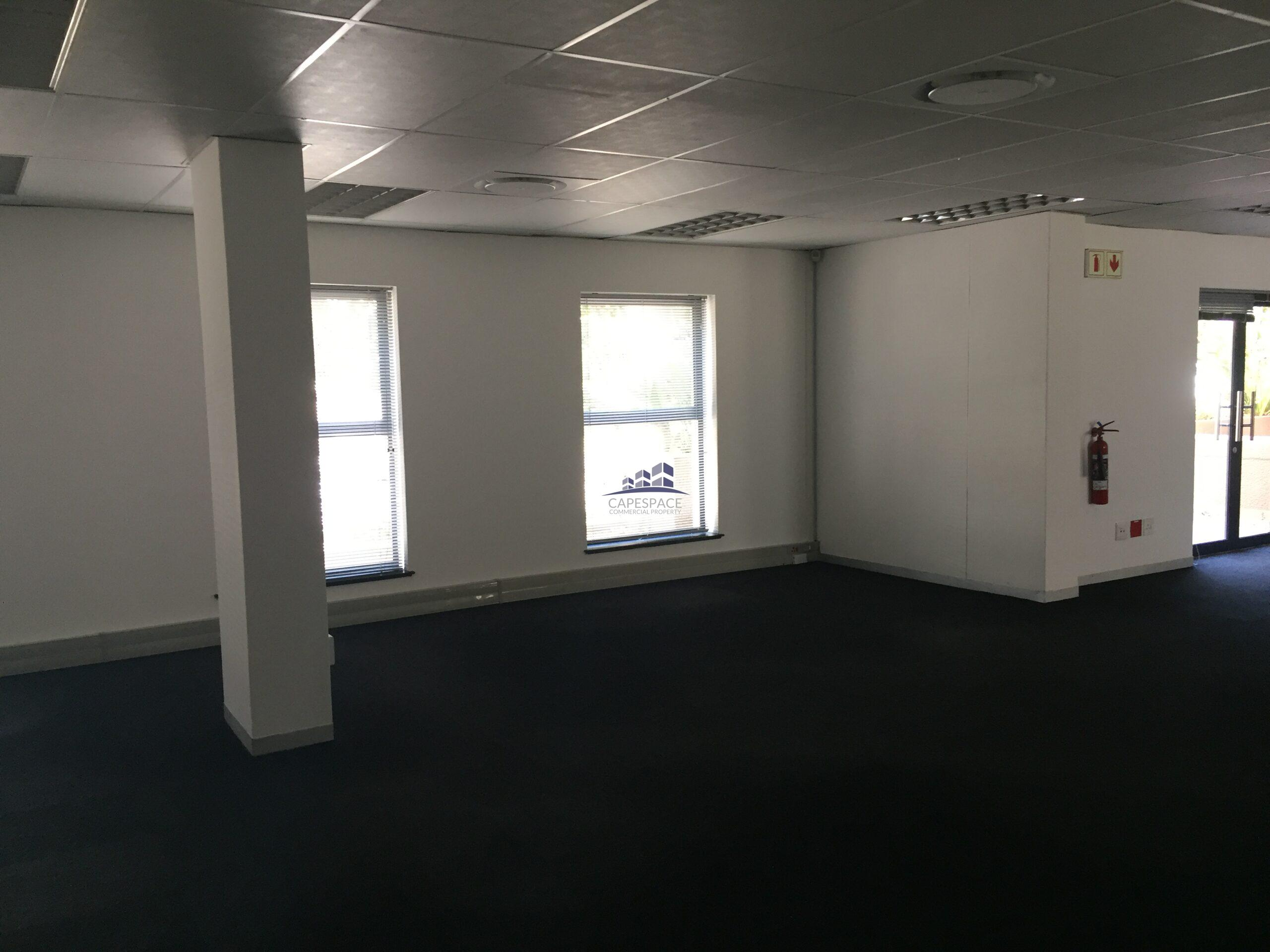 191 m² Office Space to Rent Century City I The Forum