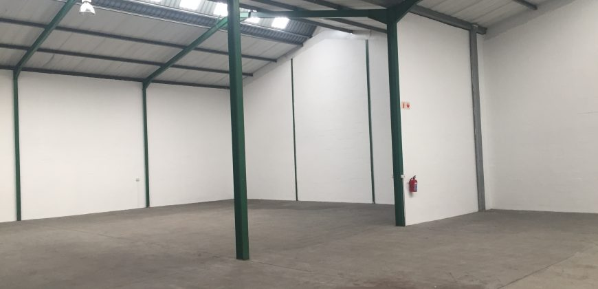 800 m² Warehouse to Rent Montague Gardens I Creation Park