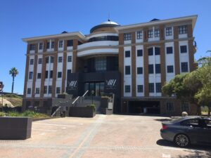 565 m² Office Space to Rent Century City I Waterhouse Place