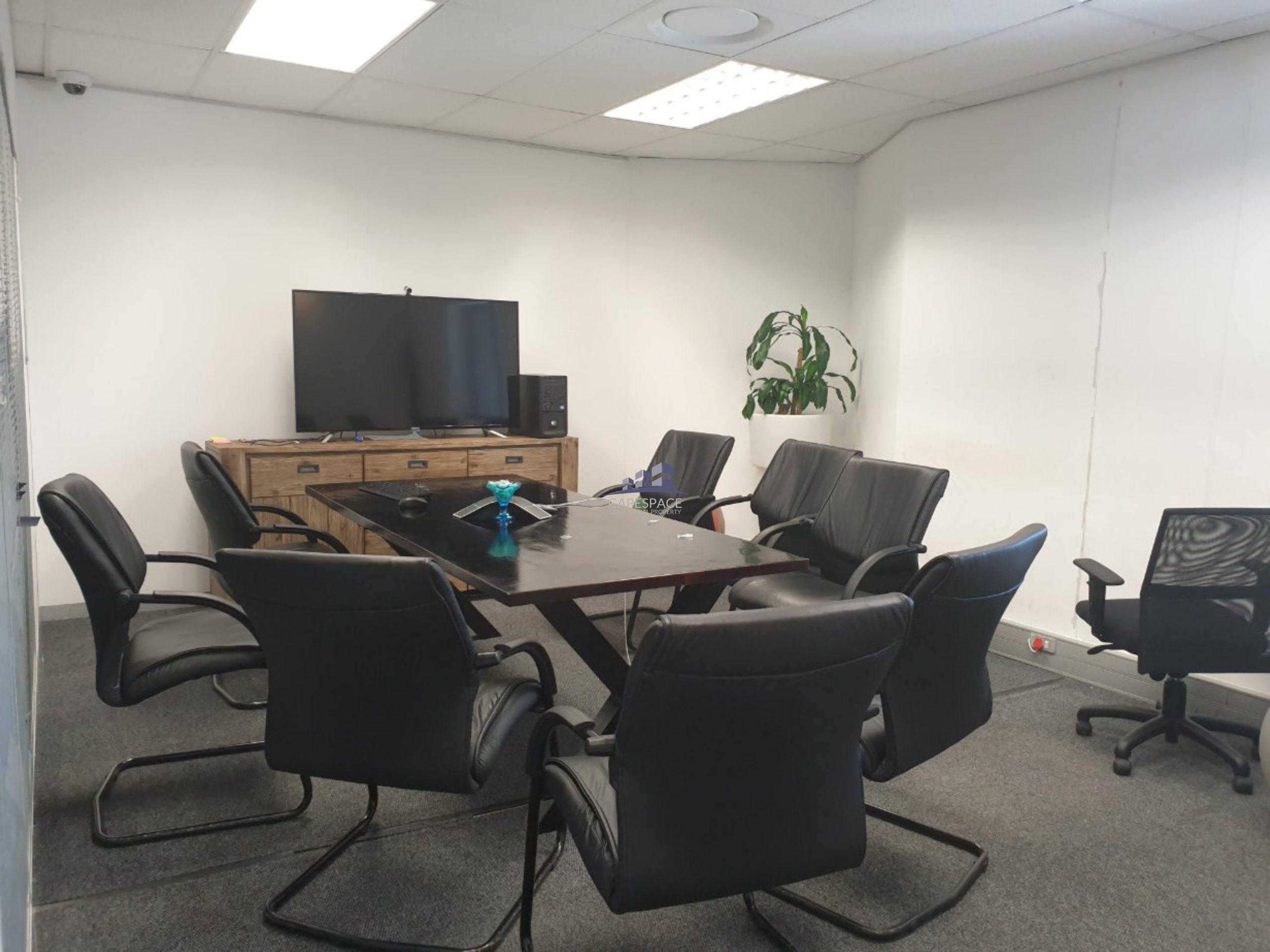 186 m² Office Space to Rent The Pavilion Century City
