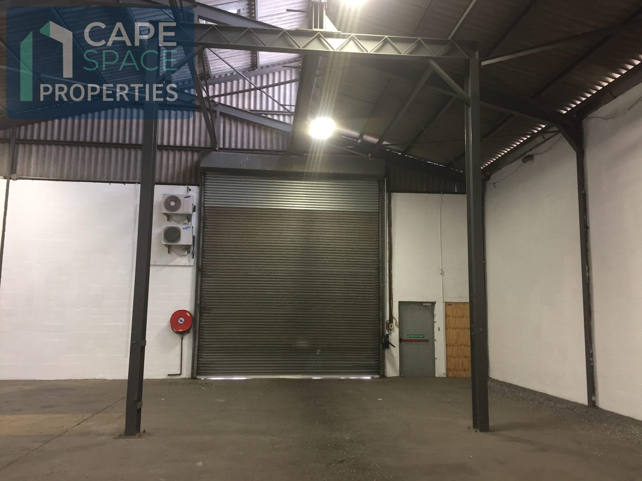 1,650 m² Industrial Property to Rent Montague Gardens 20 Esso Road