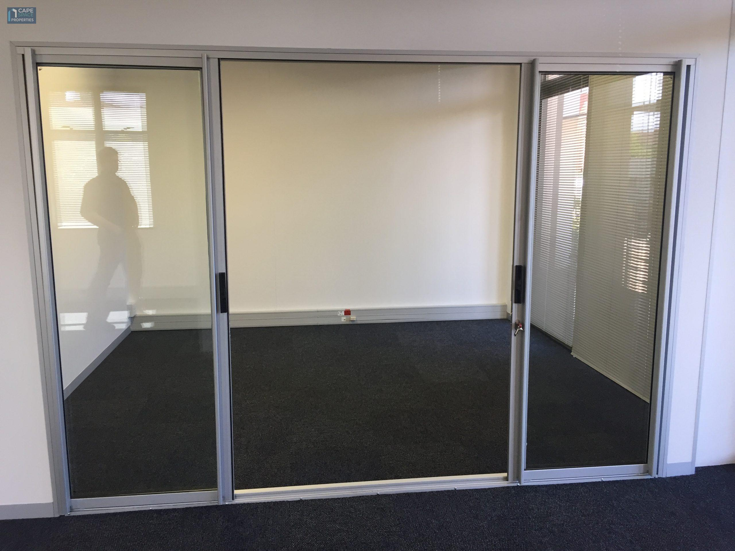 217 m² Office Space to Rent Ibis House Century City