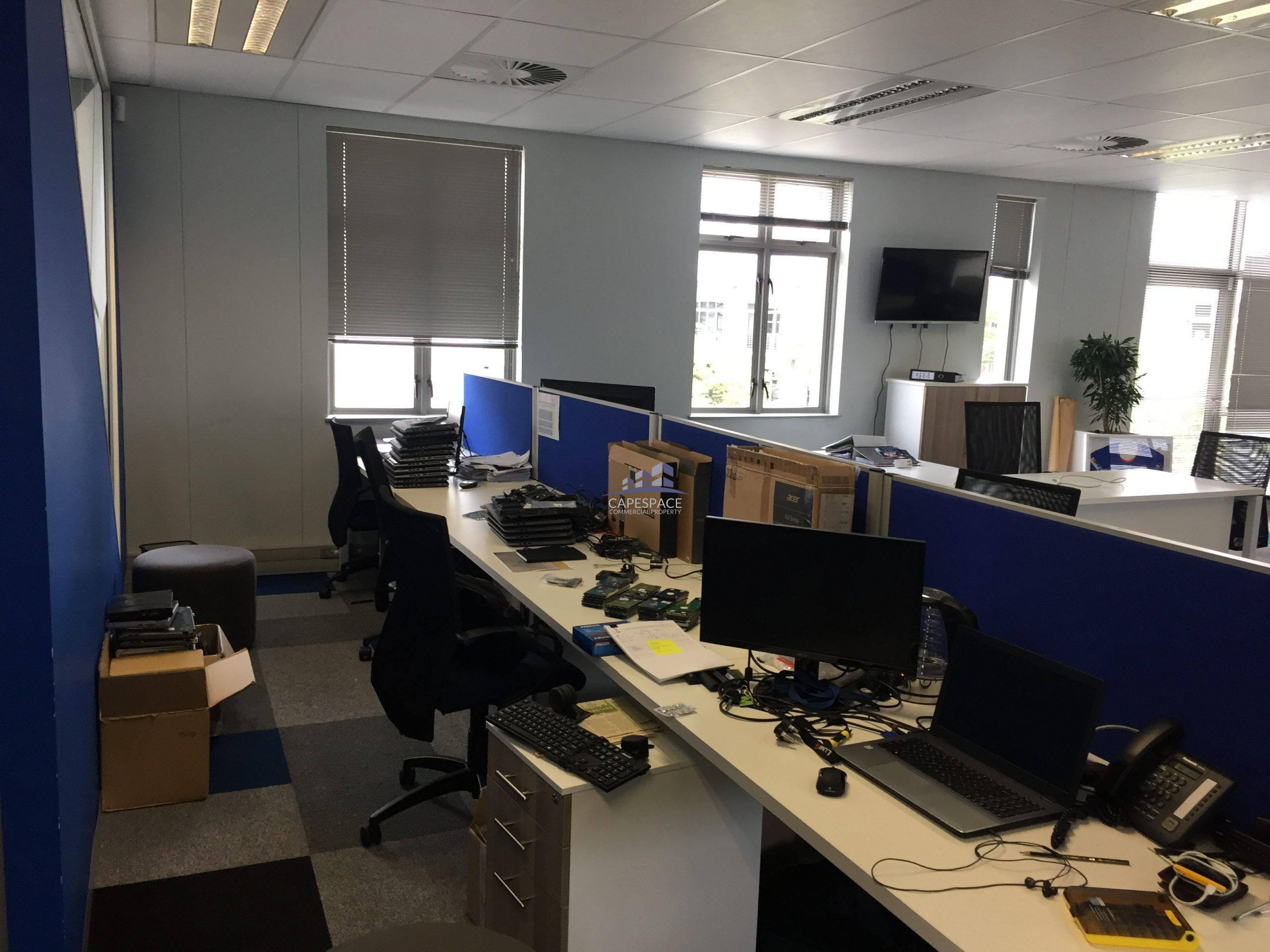 240 m² Office Space to Rent Century City I Hyde Park House