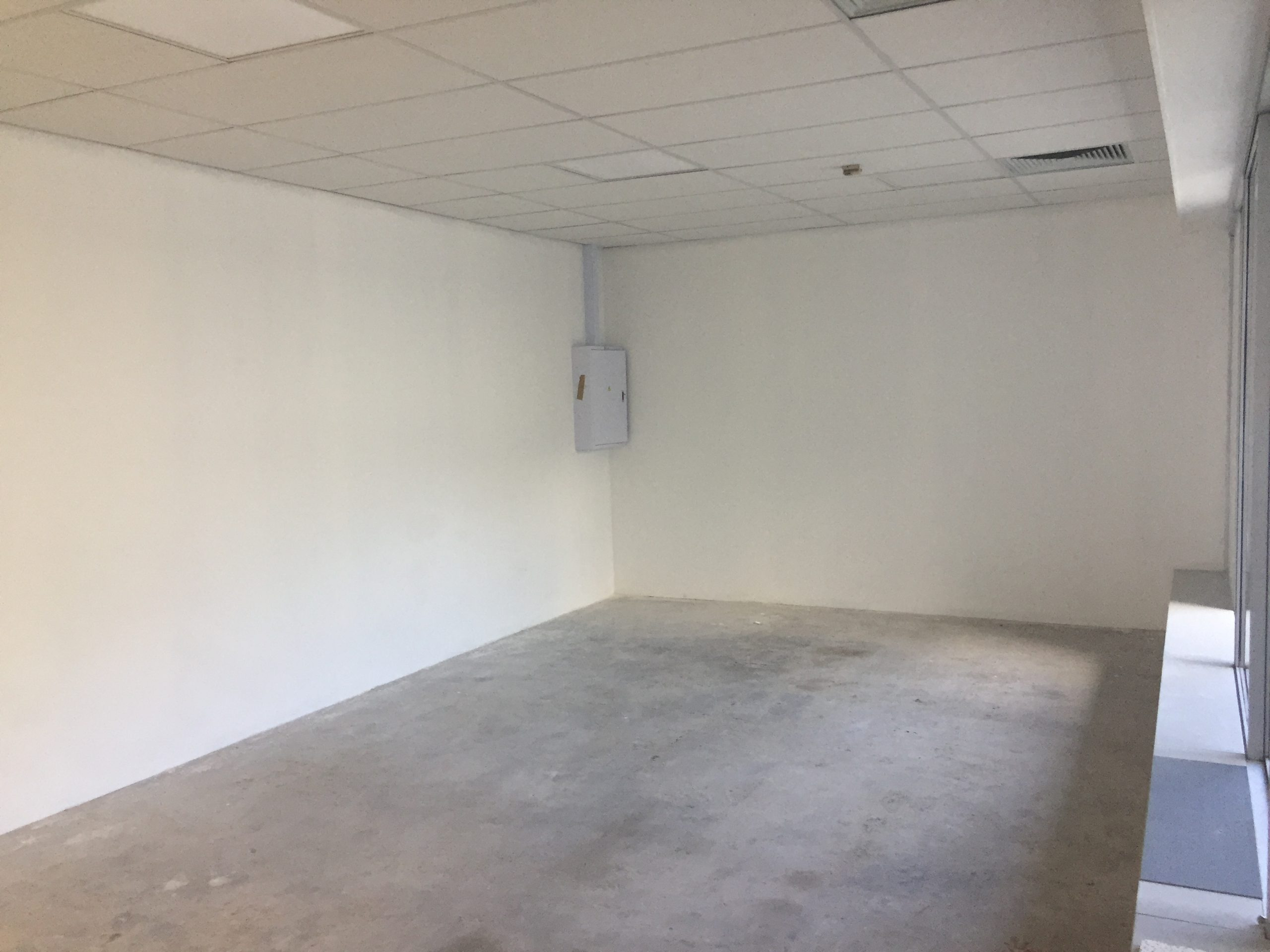 227 m² Office Space to Rent Sunclare Building Claremont