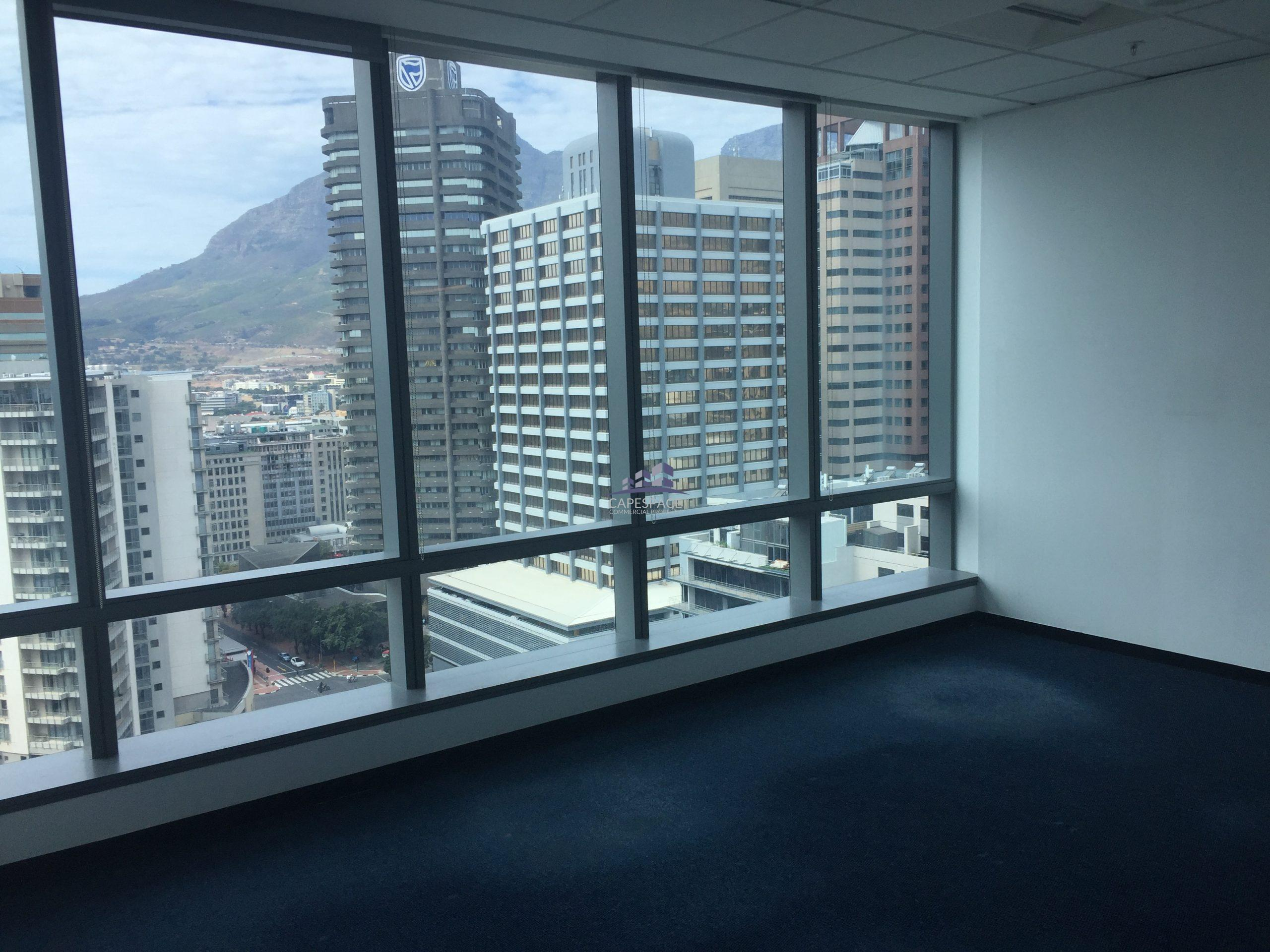 777 m² Office Space to Rent Cape Town CBD Portside Building