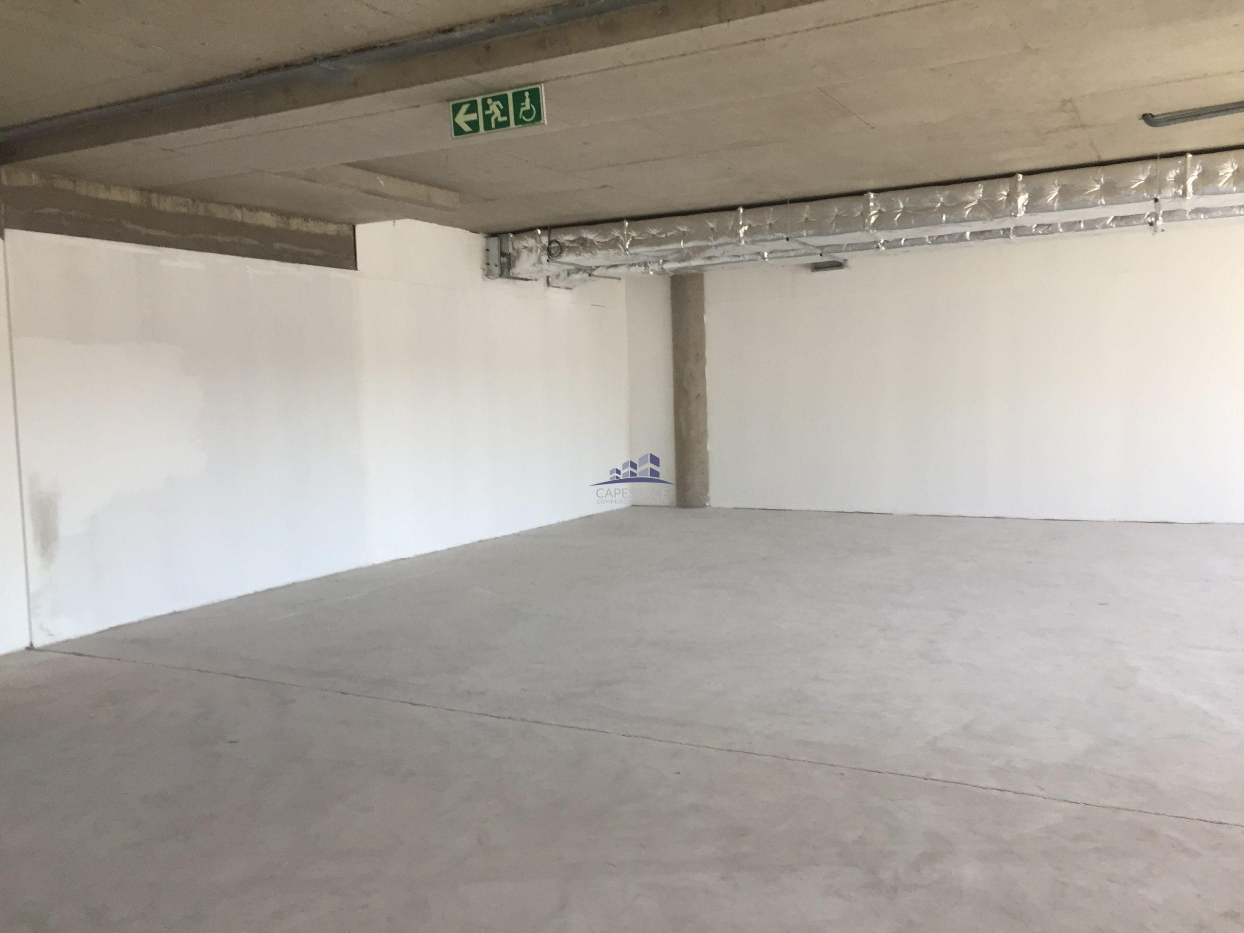 921 m² Office Space to Rent Observatory Black River Park