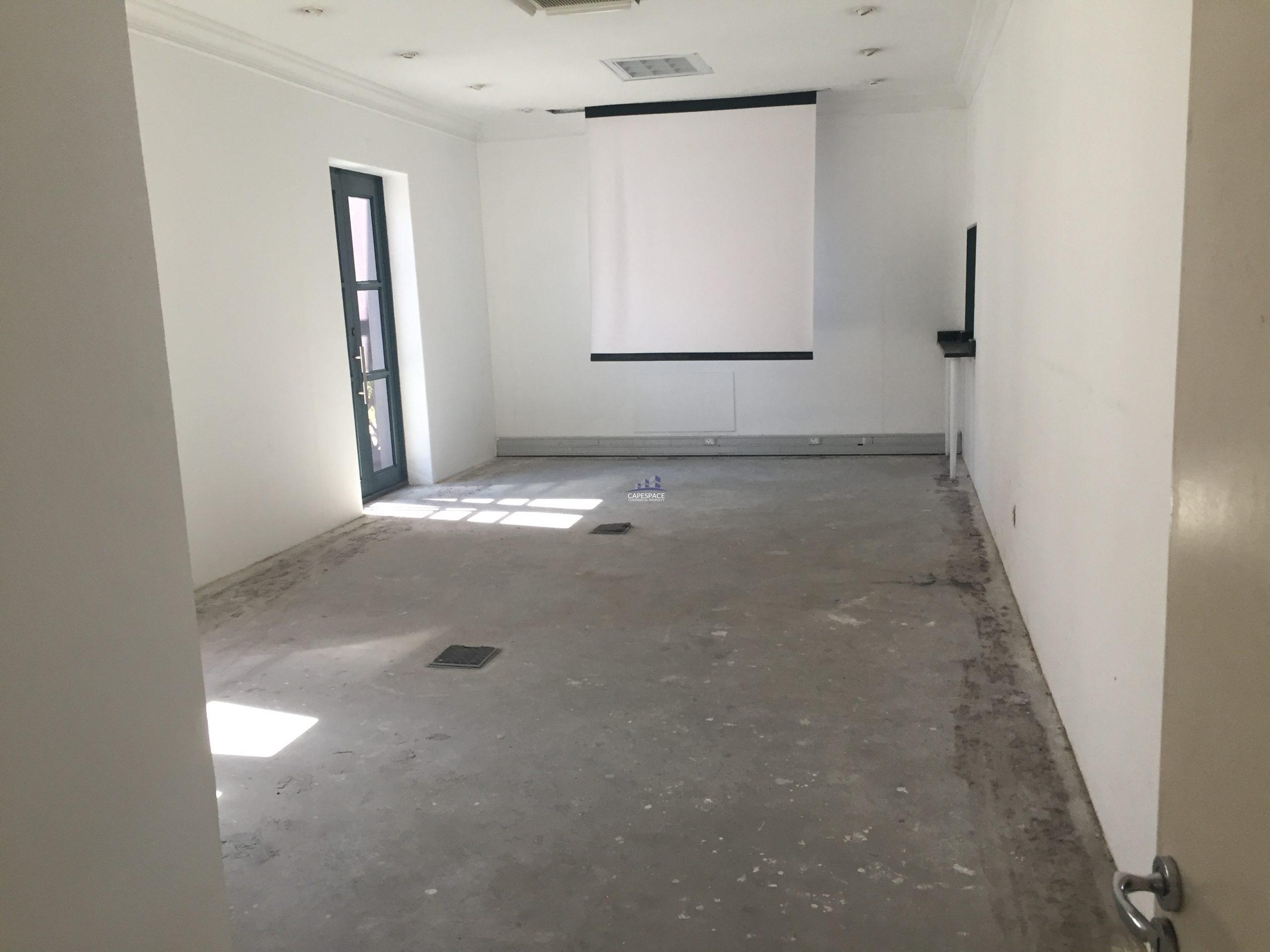 301 m² Office Space to Rent Century City Nordic Light Park