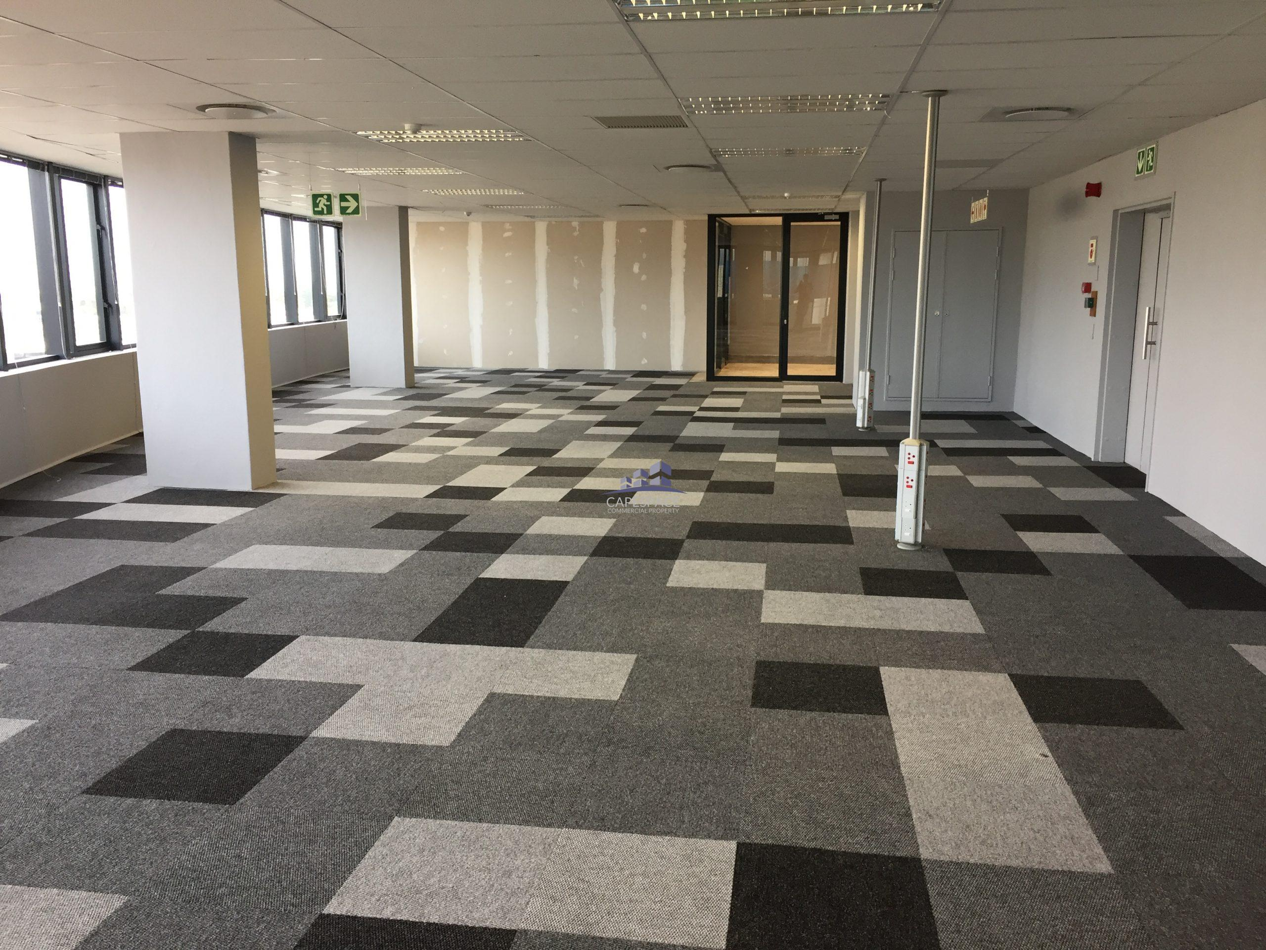 555m² Office Space to Rent Century City I The Apex