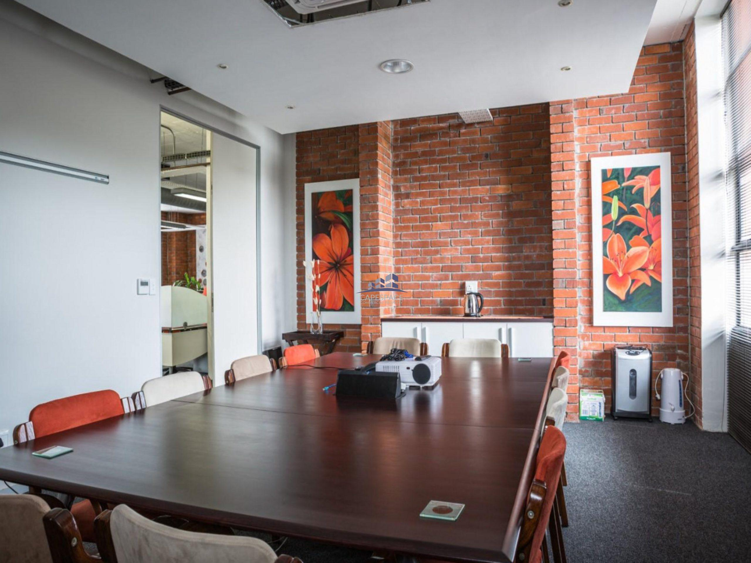 245 m² Office space to Rent Observatory – Black River Park