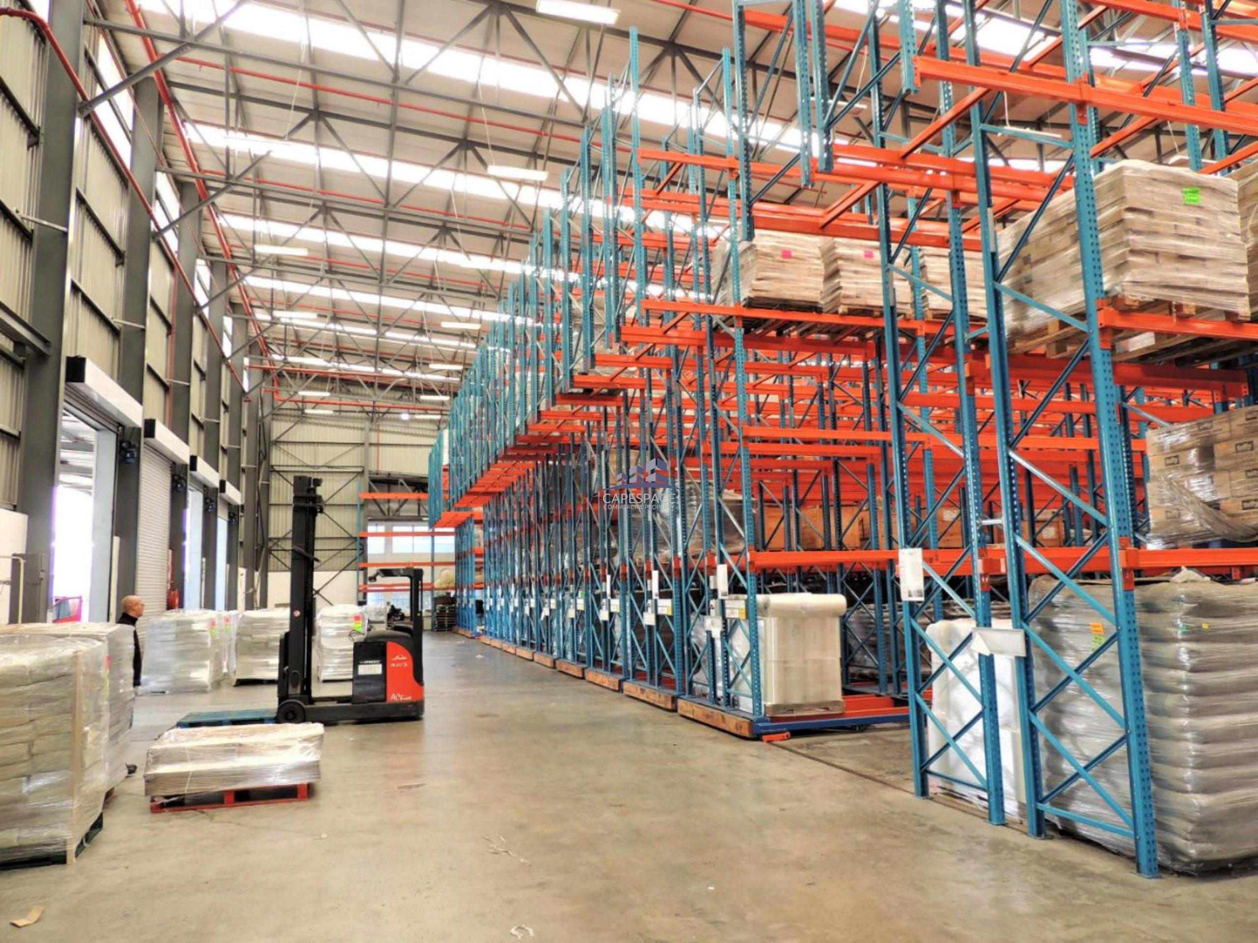 4,231 m² Warehouse to Rent Airport City 3 Gulfstream Avenue
