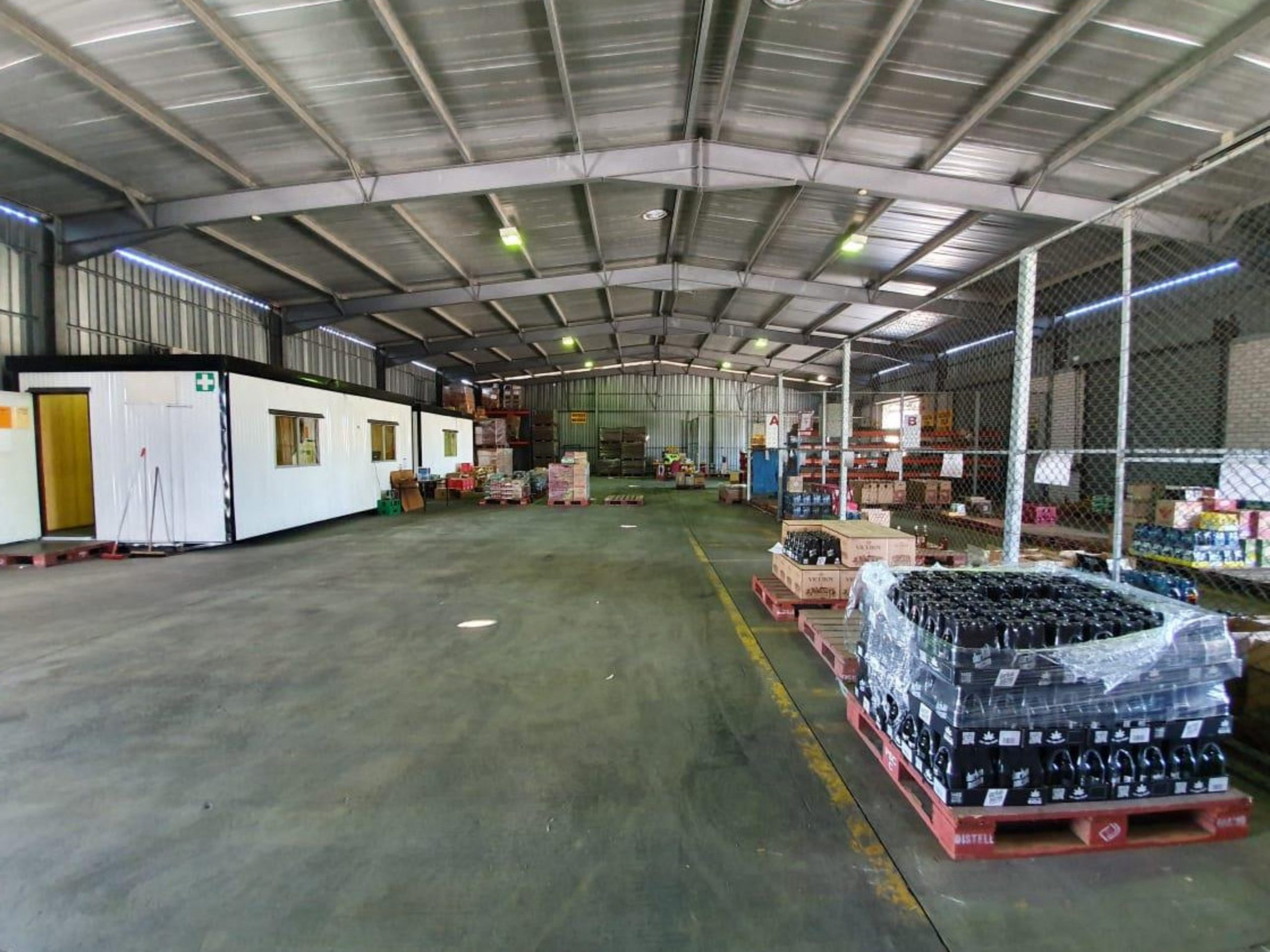16,170 m² Warehouse to Rent Parow Industria Distel Premises