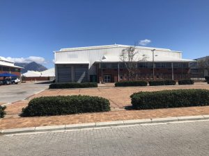 3,334 m² Warehouse to Rent Ikhwezi Business Park Epping Industria