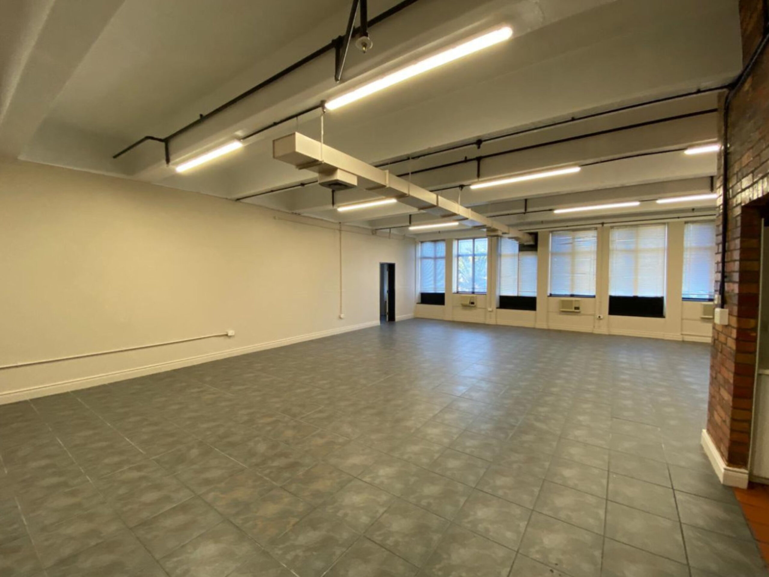 153 m² Office space to Rent Cape Town CBD 130 Bree Street