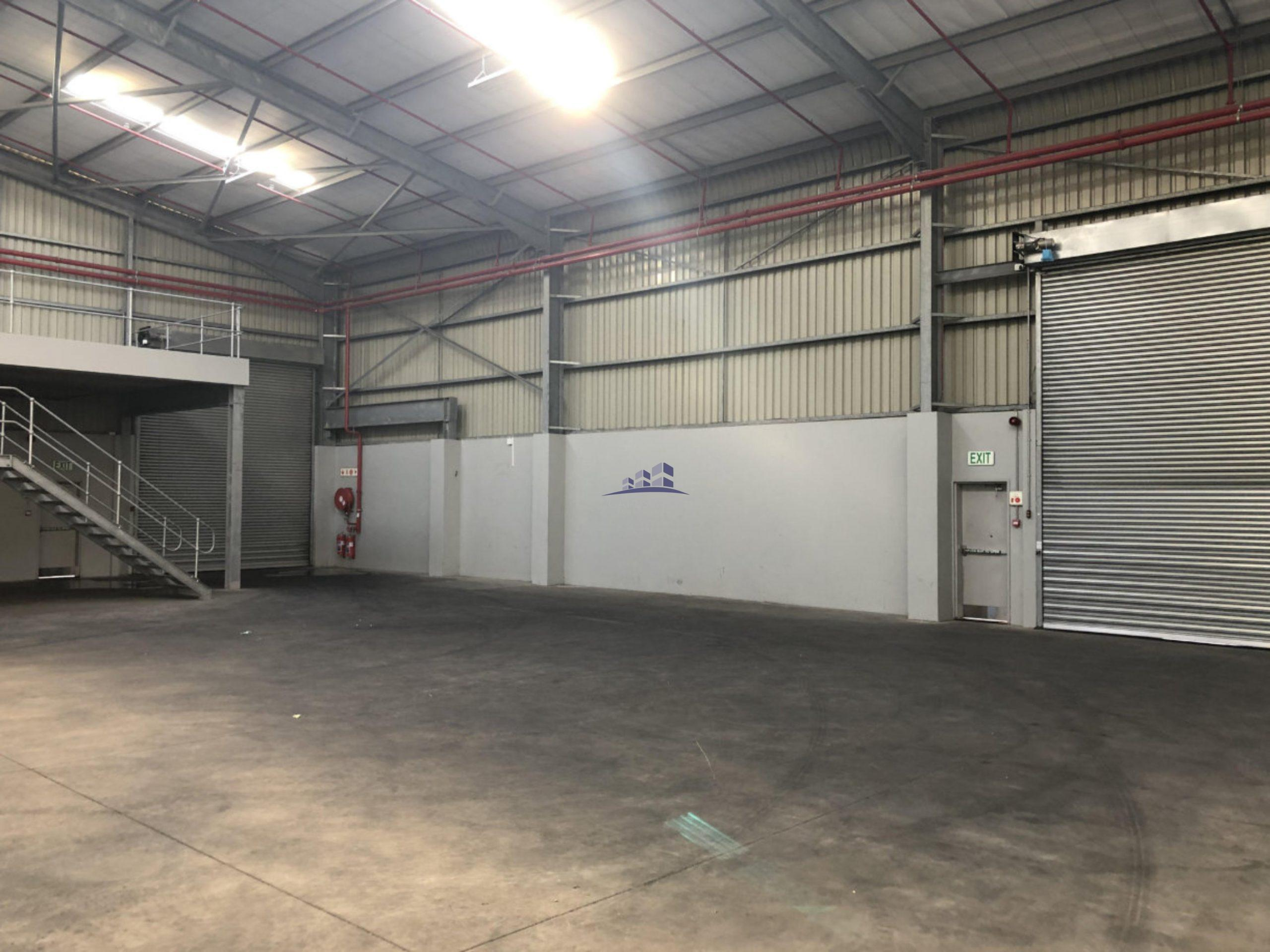 725 m² Warehouse to Rent 31 Epping Industria Kinghall Park