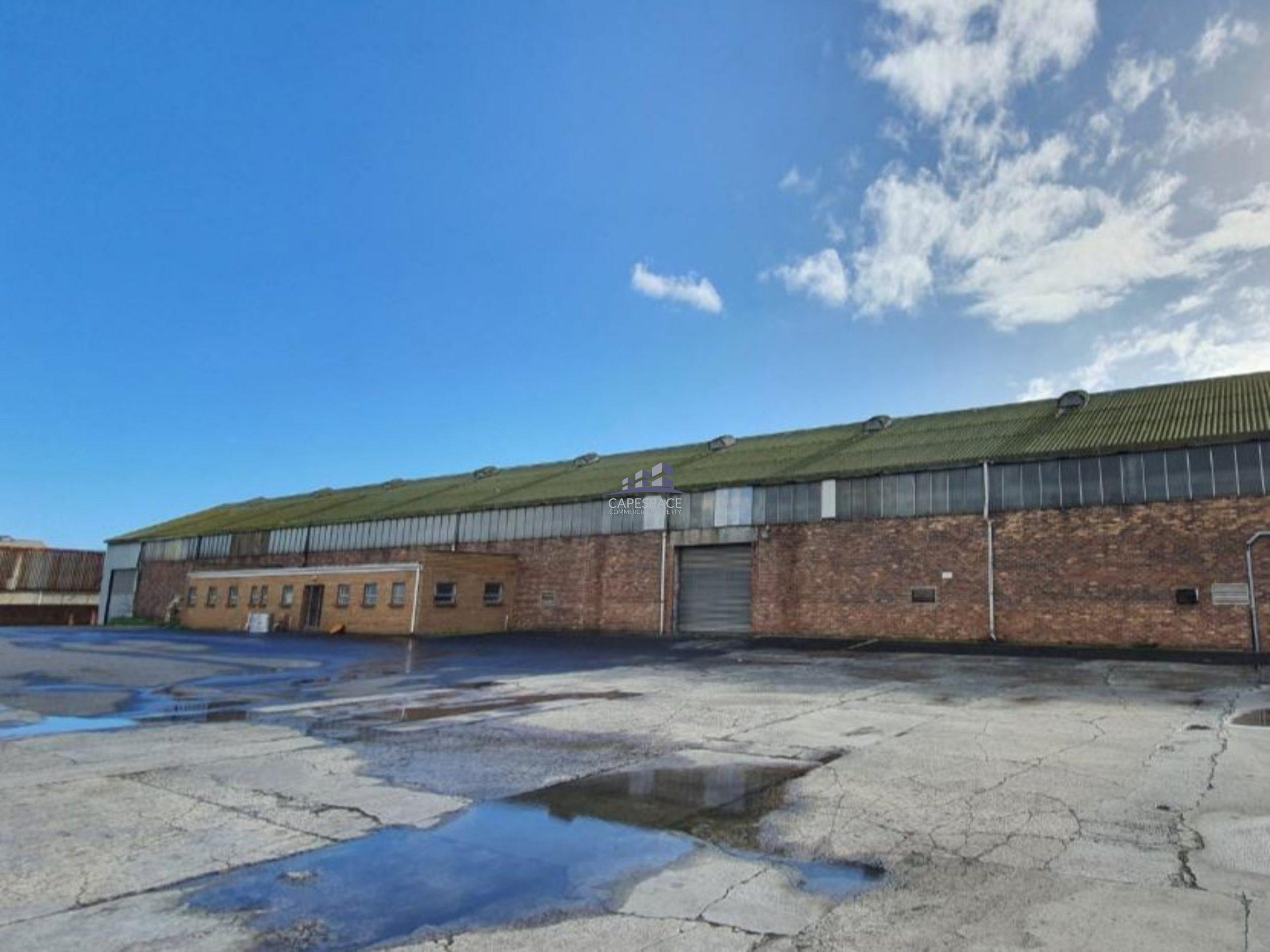 2,000 m² Warehouse to Rent 77 Bofors Circle Epping Industria