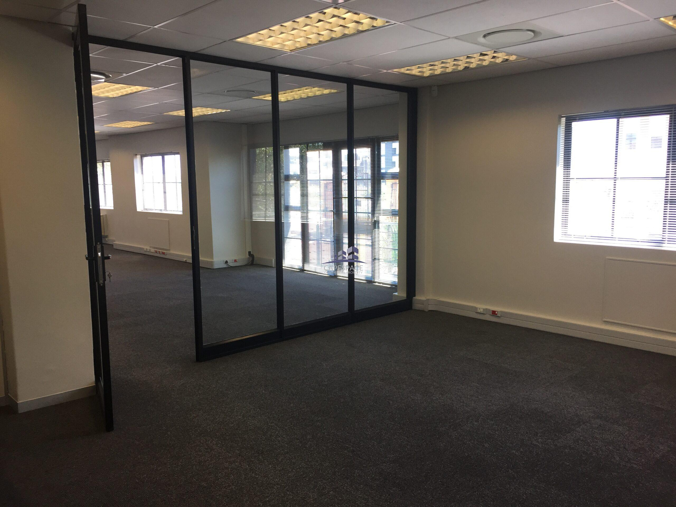 232 m² Office Space to Rent Waterford Mews I Century City
