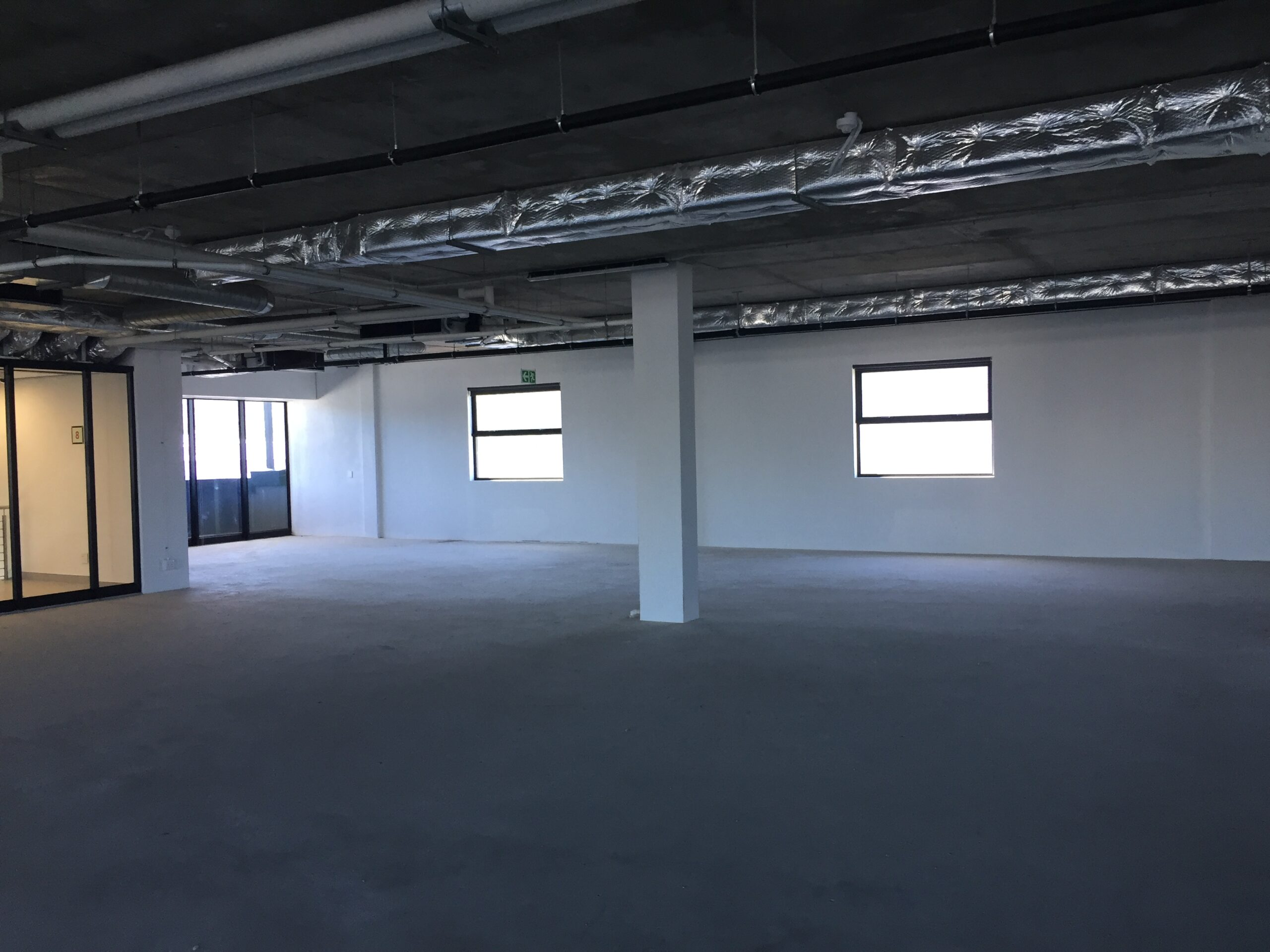 1,084 m² Office Space to Rent Claremont Draper on Main