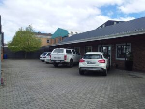 1,423 m² Warehouse to Rent 12 Kaymor Street Stikland