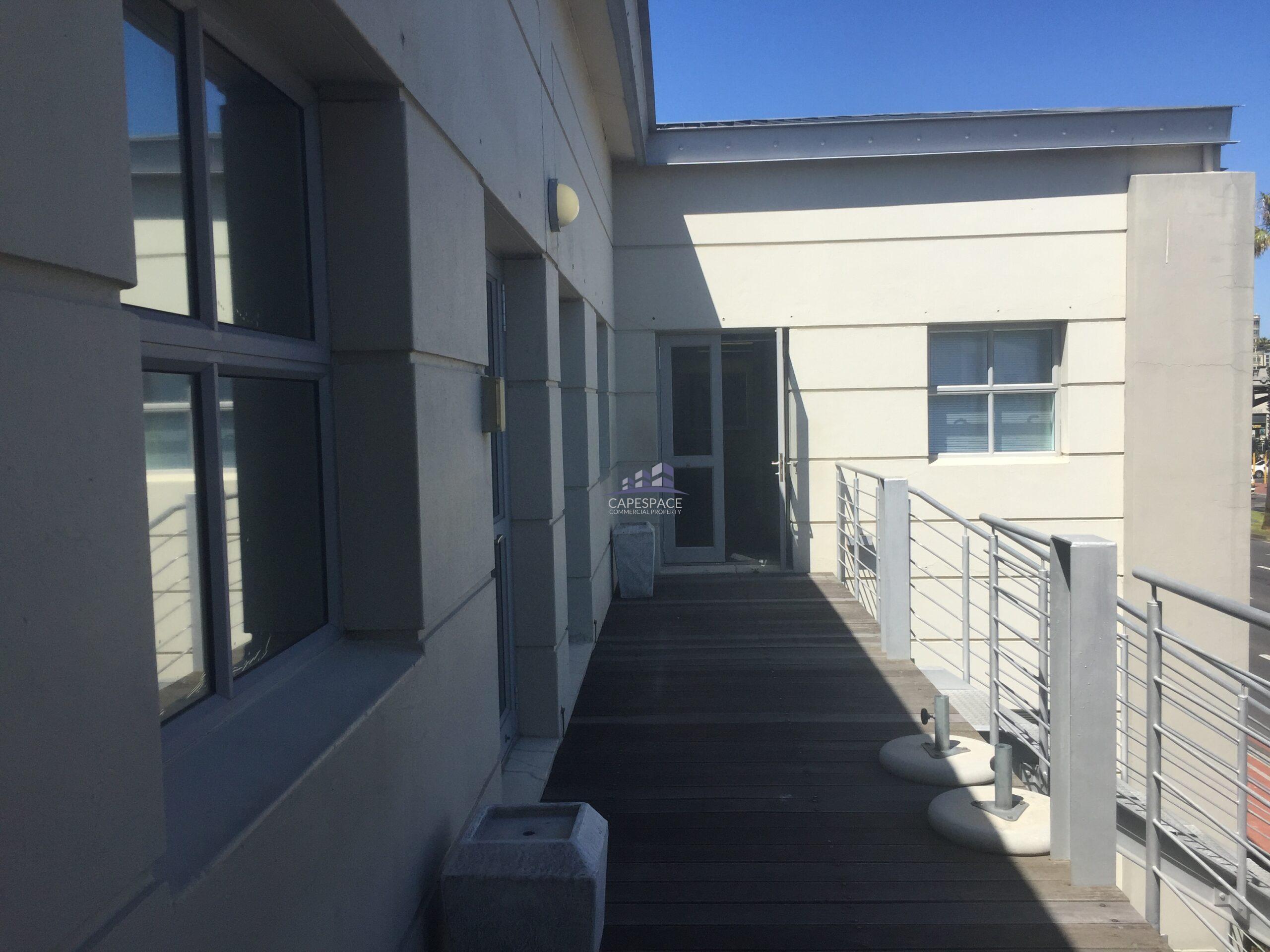 1,432 m² Office Space to Rent Century City I Century Falls