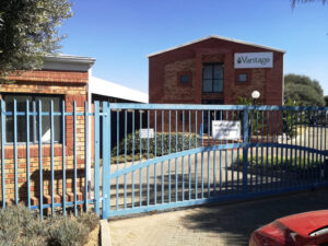 240 m² Office Space to Rent Midrand Corporate Park South