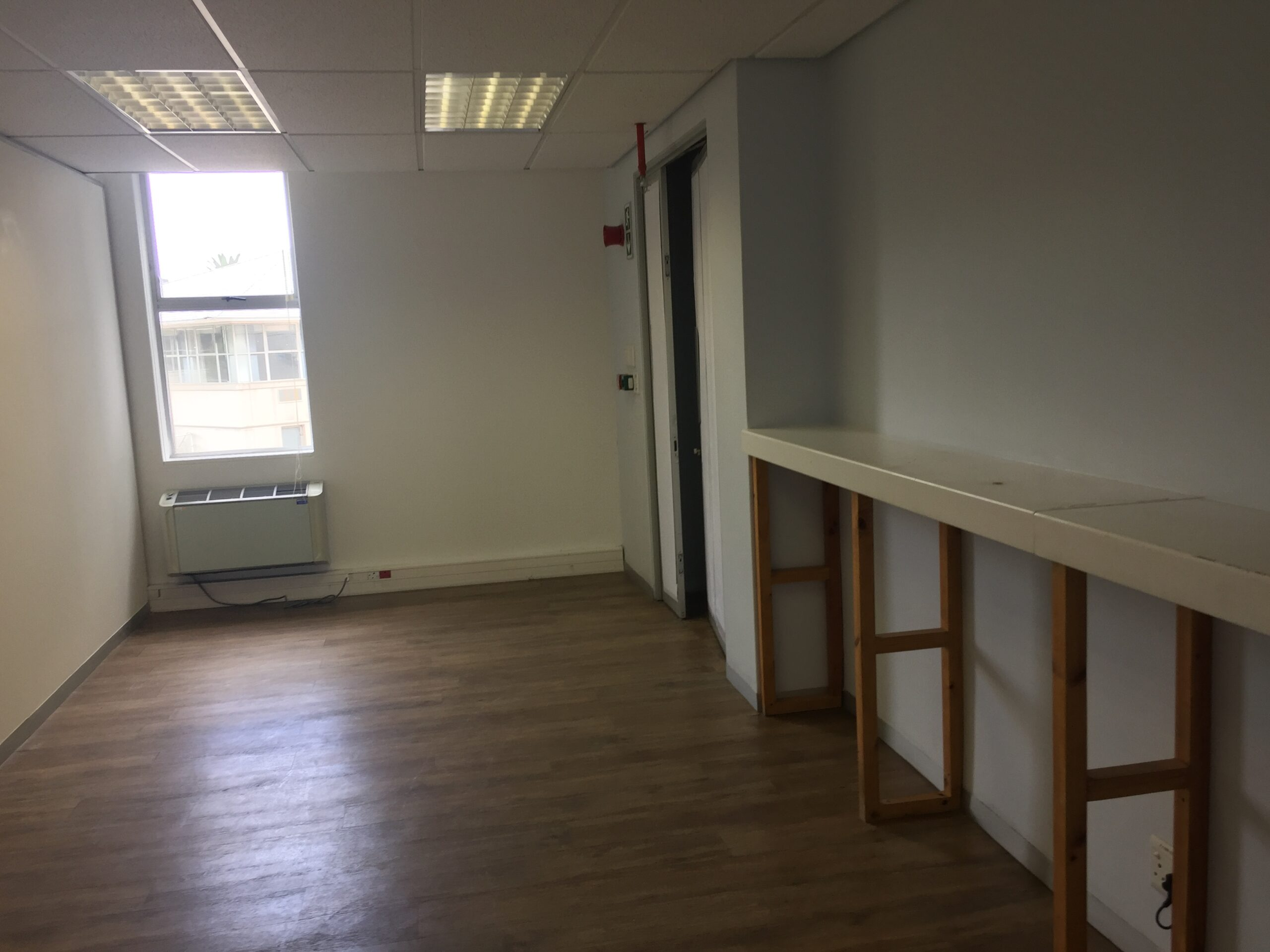 298 m² Office Space to Rent Belmont Office Park Rondebosch