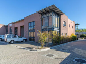 797 m² Warehouse to Rent Brackenfell 5 Teejay Close