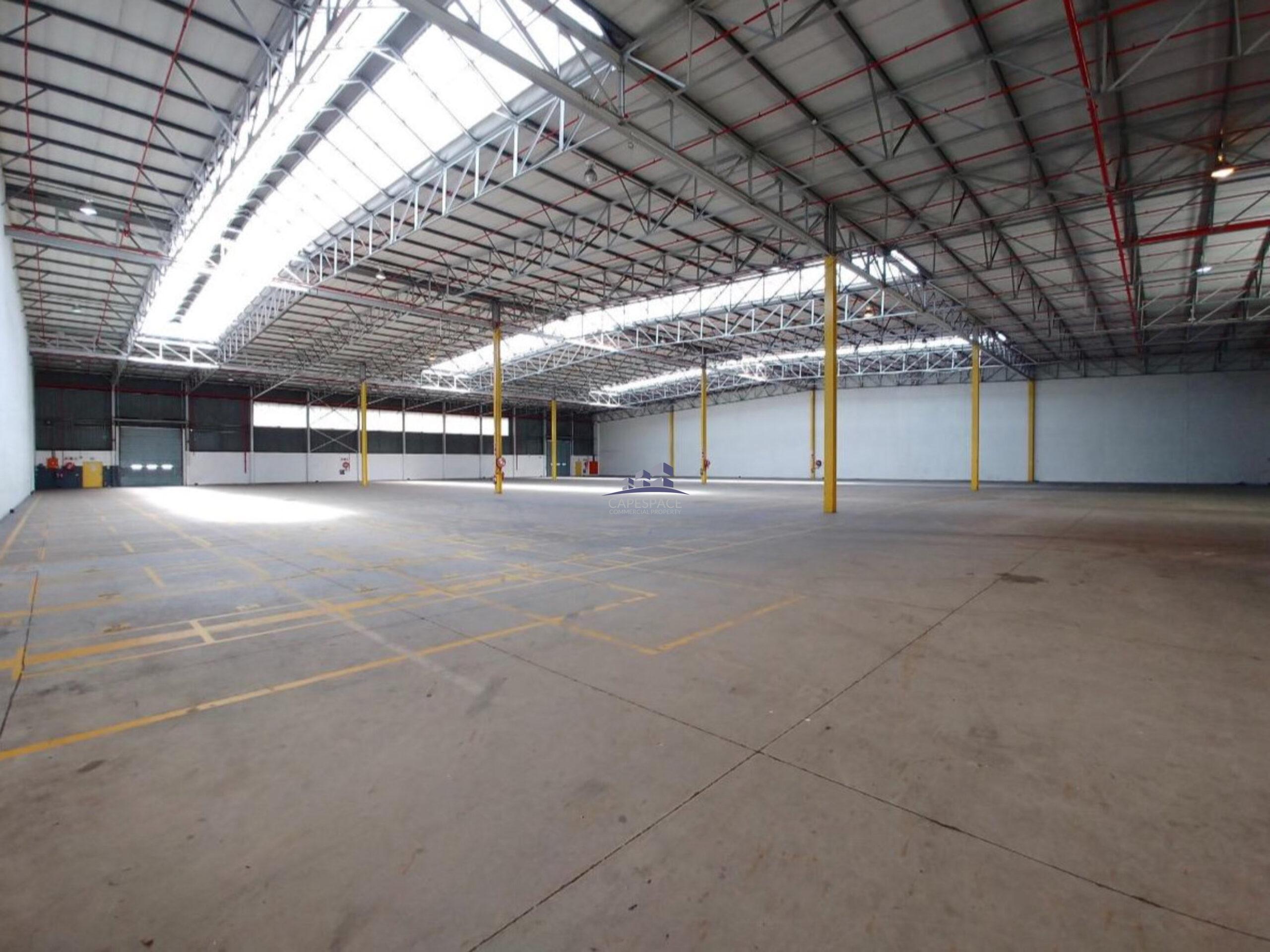4,620 m² Warehouse to Rent Montague Gardens Phumelela Park