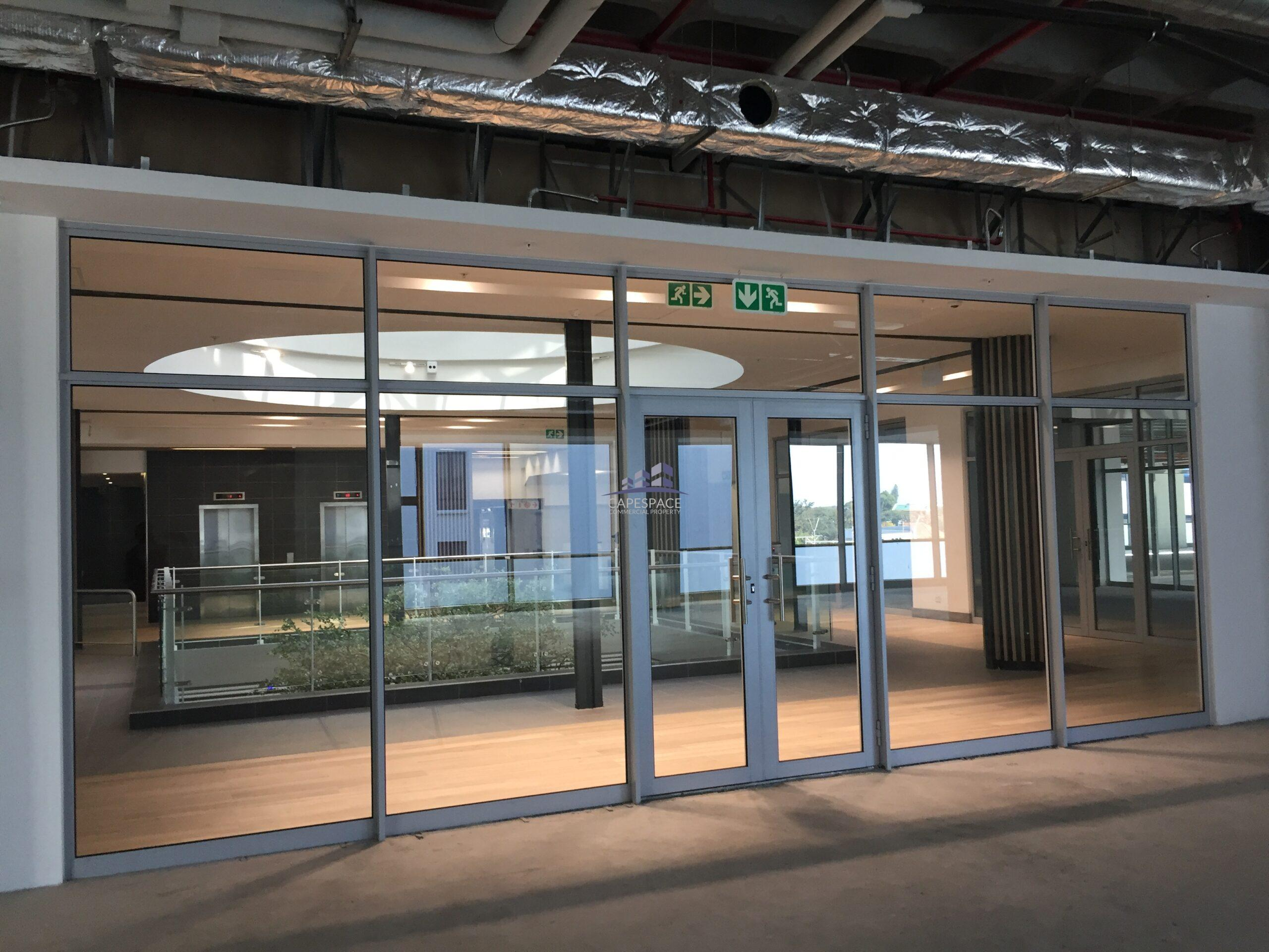 3,461 m² Office Space to Rent Claremont Stadium on Main
