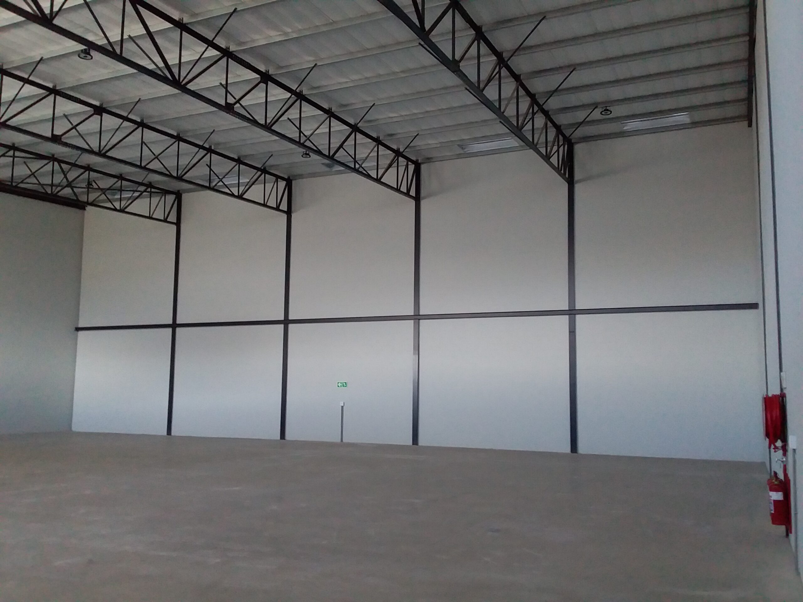 406 m² Warehouse to Rent Stikland Rio Industrial Park
