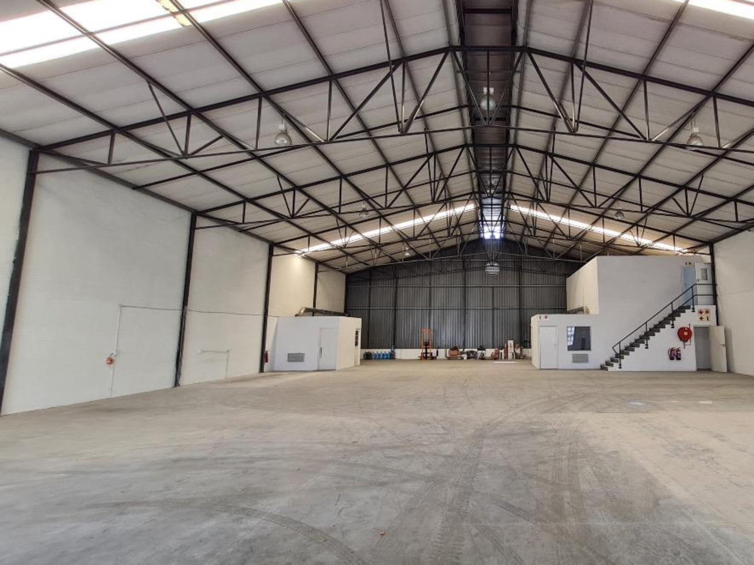1,102 m² Warehouse to Rent Montague Gardens I Rainbow Park