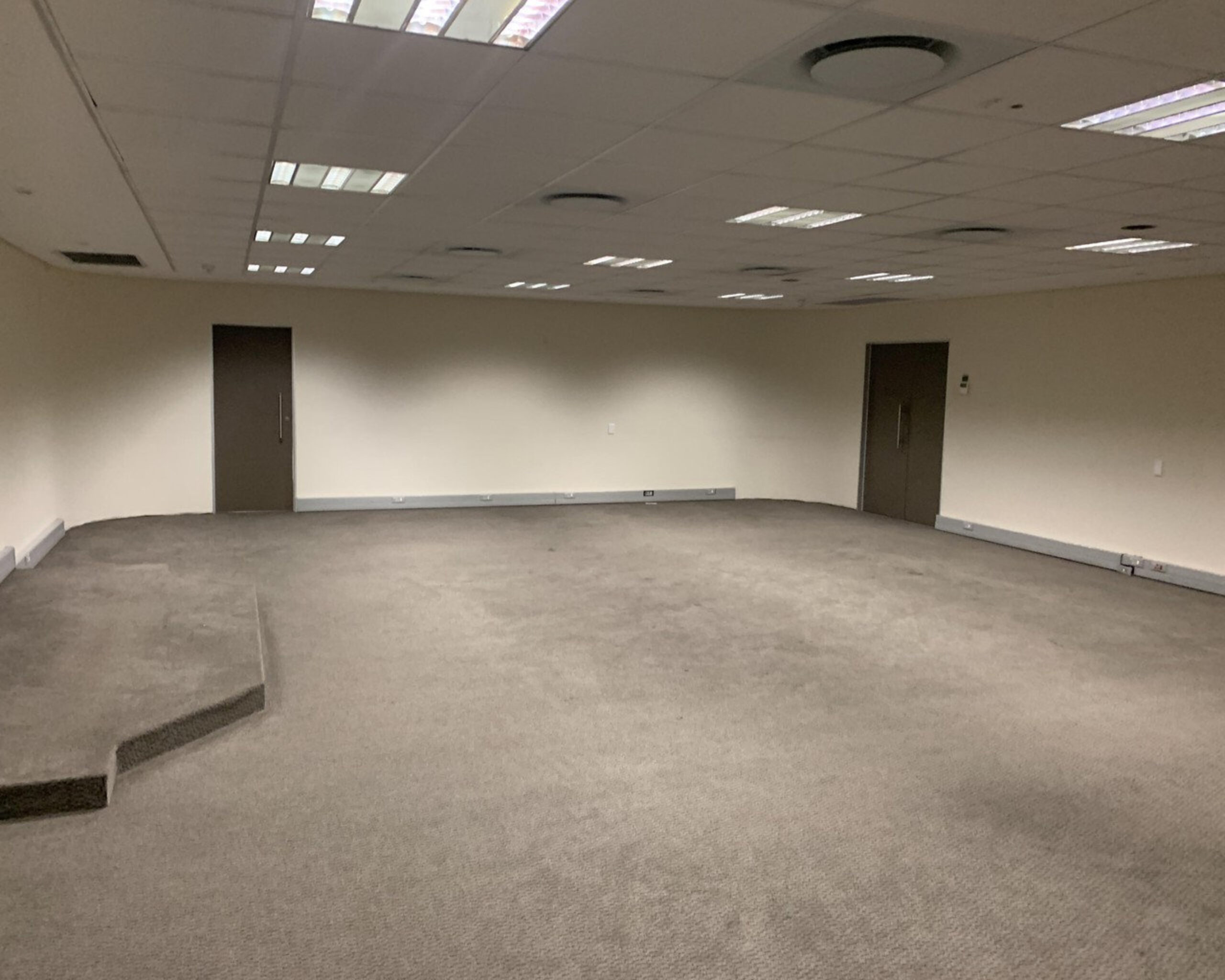904 m² Office Space to Rent Cape Town CBD I 33 Martin Hammerschlag