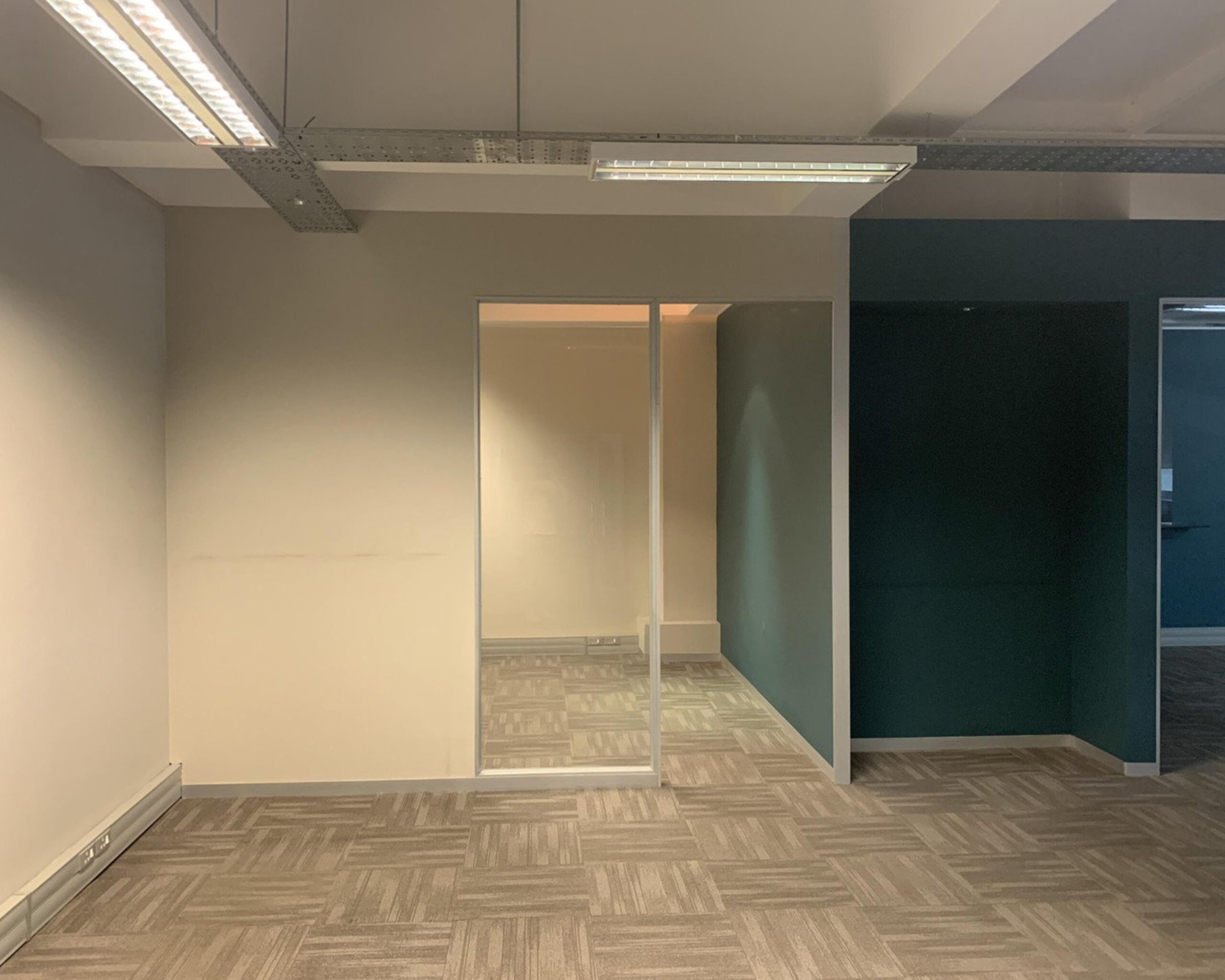 120 m² Office Space to Rent Cape Town CBD I 33 Martin Hammerschlag