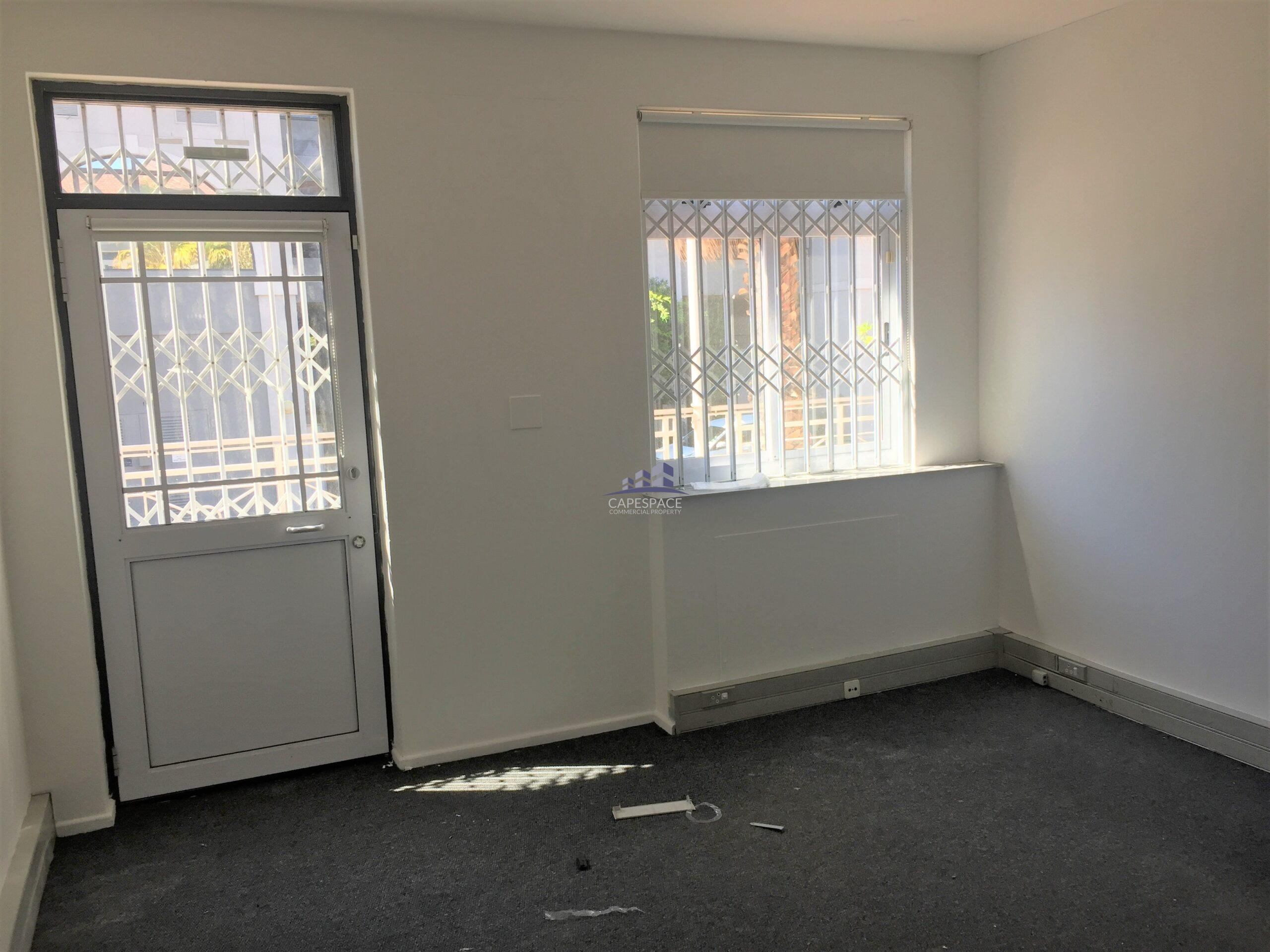 53 m² Office Space to Rent Century City I Century Square
