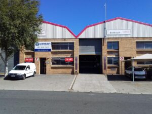 660 m² Warehouse to Rent Stikland I 10 Kouga Street