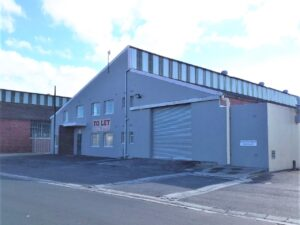 1,200 m² Warehouse to Let Triangle Farm I 12 Molecule Street