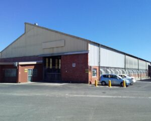 1,600 m² Warehouse to Let Triangle Farm I 27 Proton Street