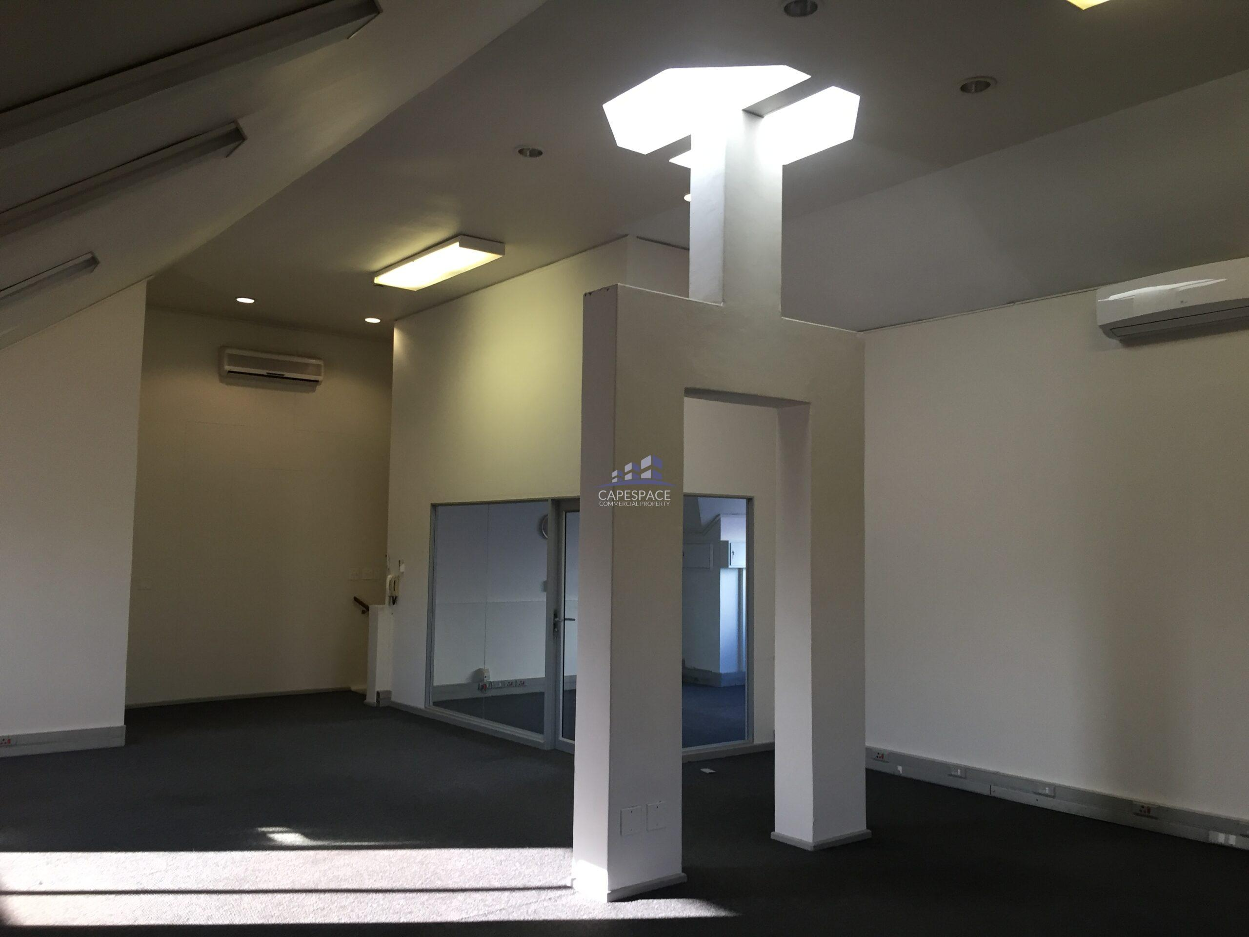159 m² Office Space to Rent Century City I Century Square