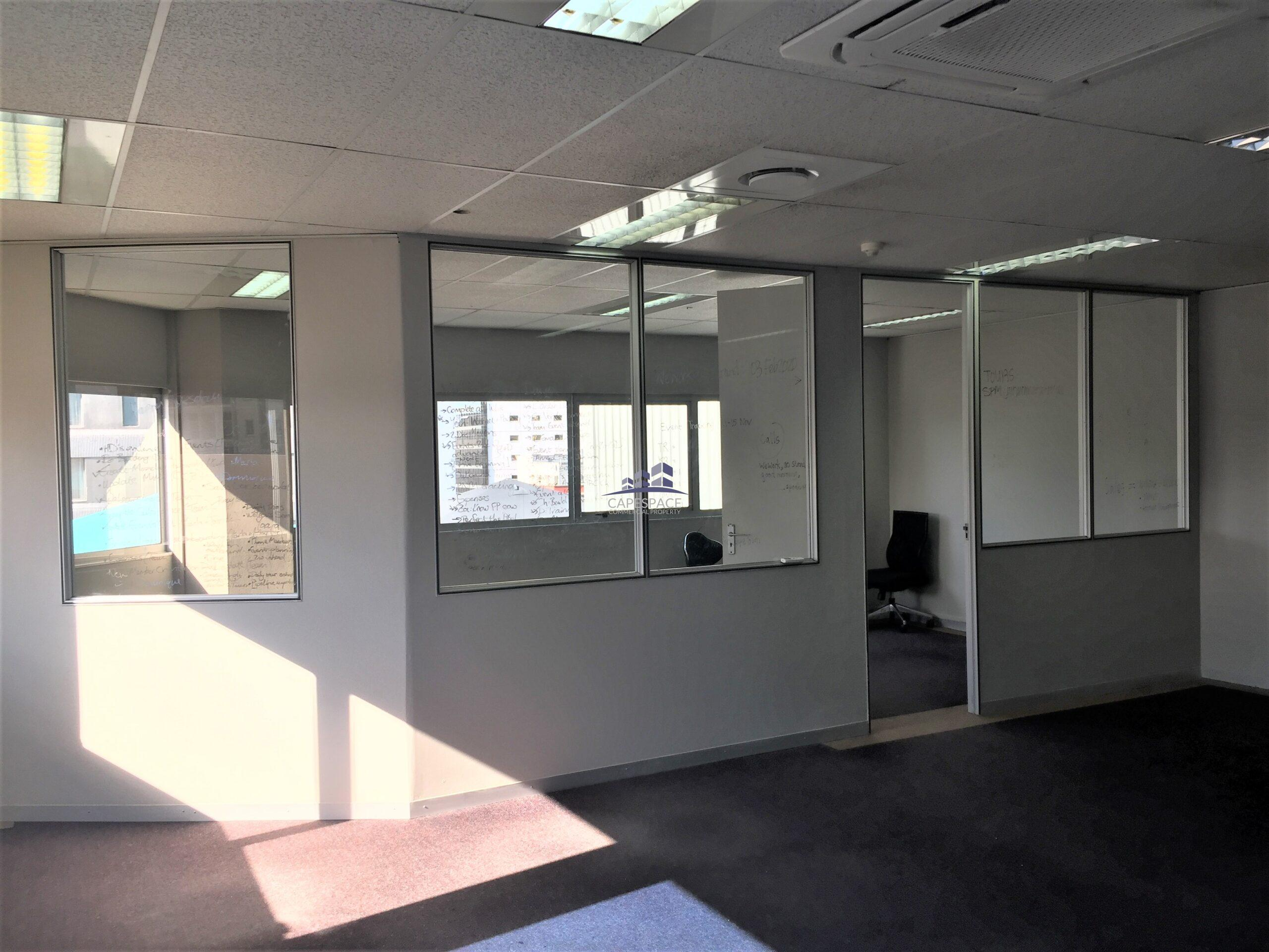 189 m² Office Space to Rent Cape Town CBD I 80 Strand Street