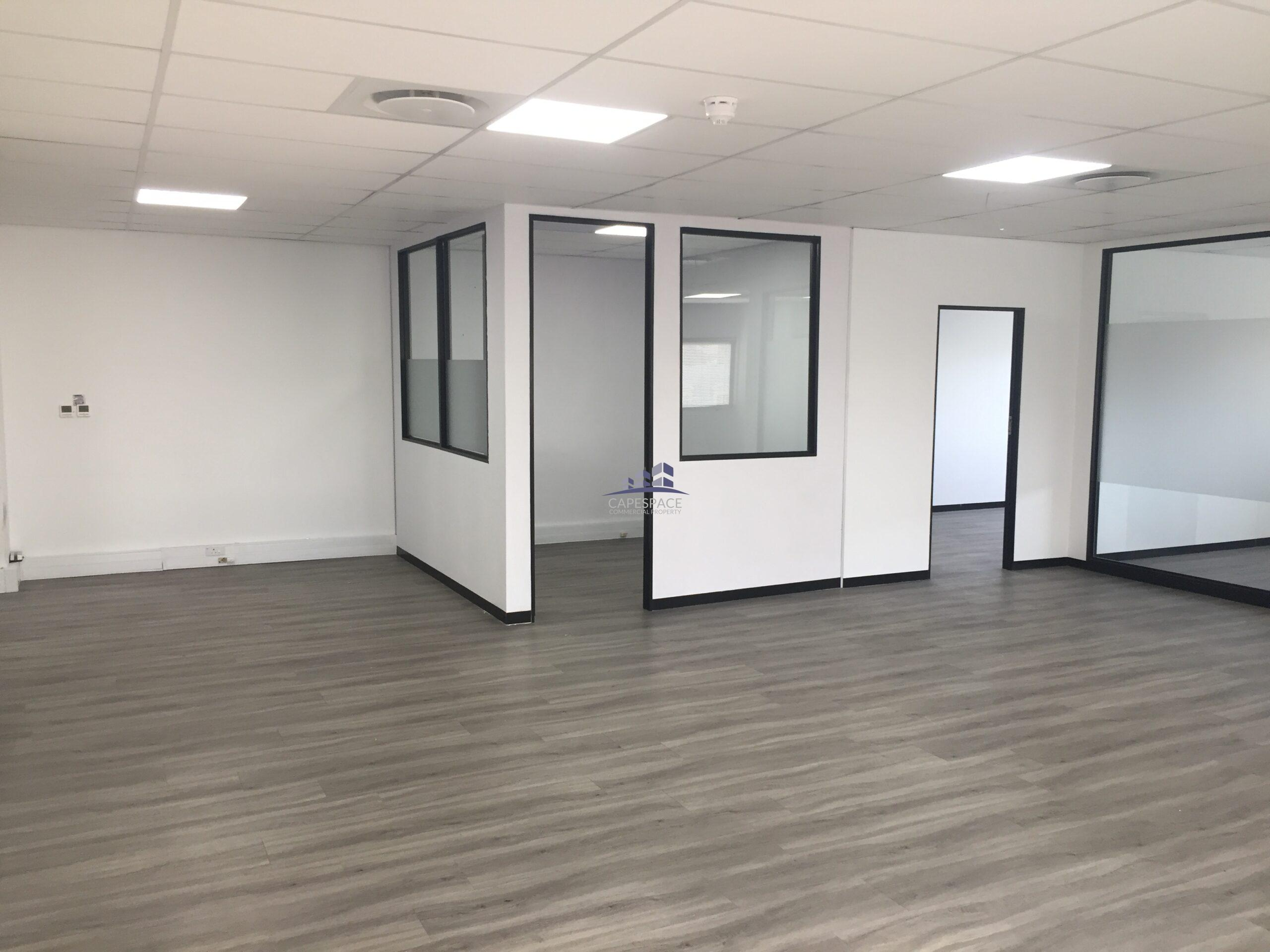 153 m² Office Space to Rent Cape Town CBD I 80 Strand Street