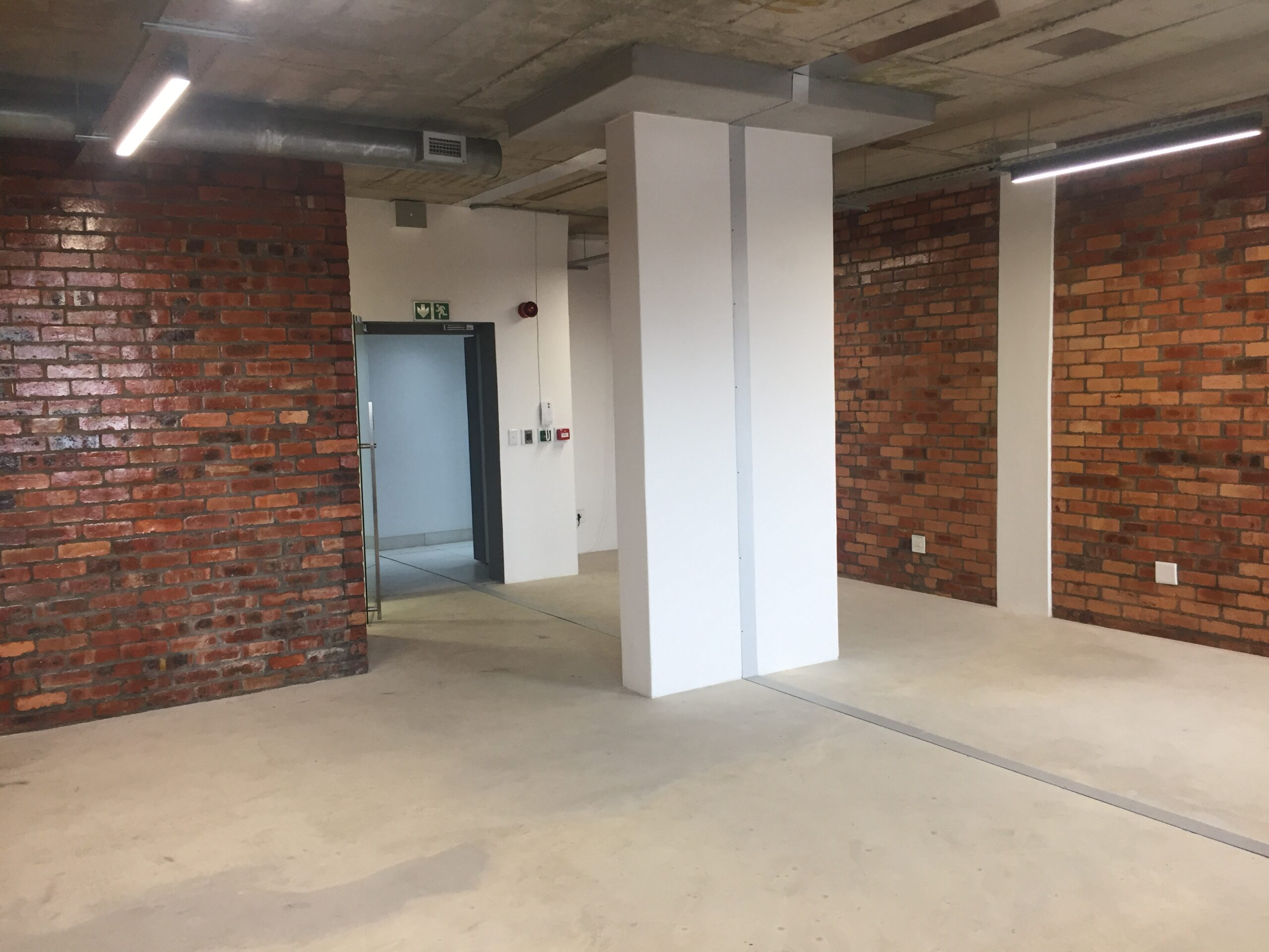68 m² Office Space to Rent Green Point I Sovereign Quay