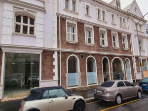 300 m² Office space to Rent Cape Town CBD I 16 Loop Street