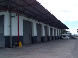 3,577 m² Warehouse to Rent Airport Industria I Montreal Drive